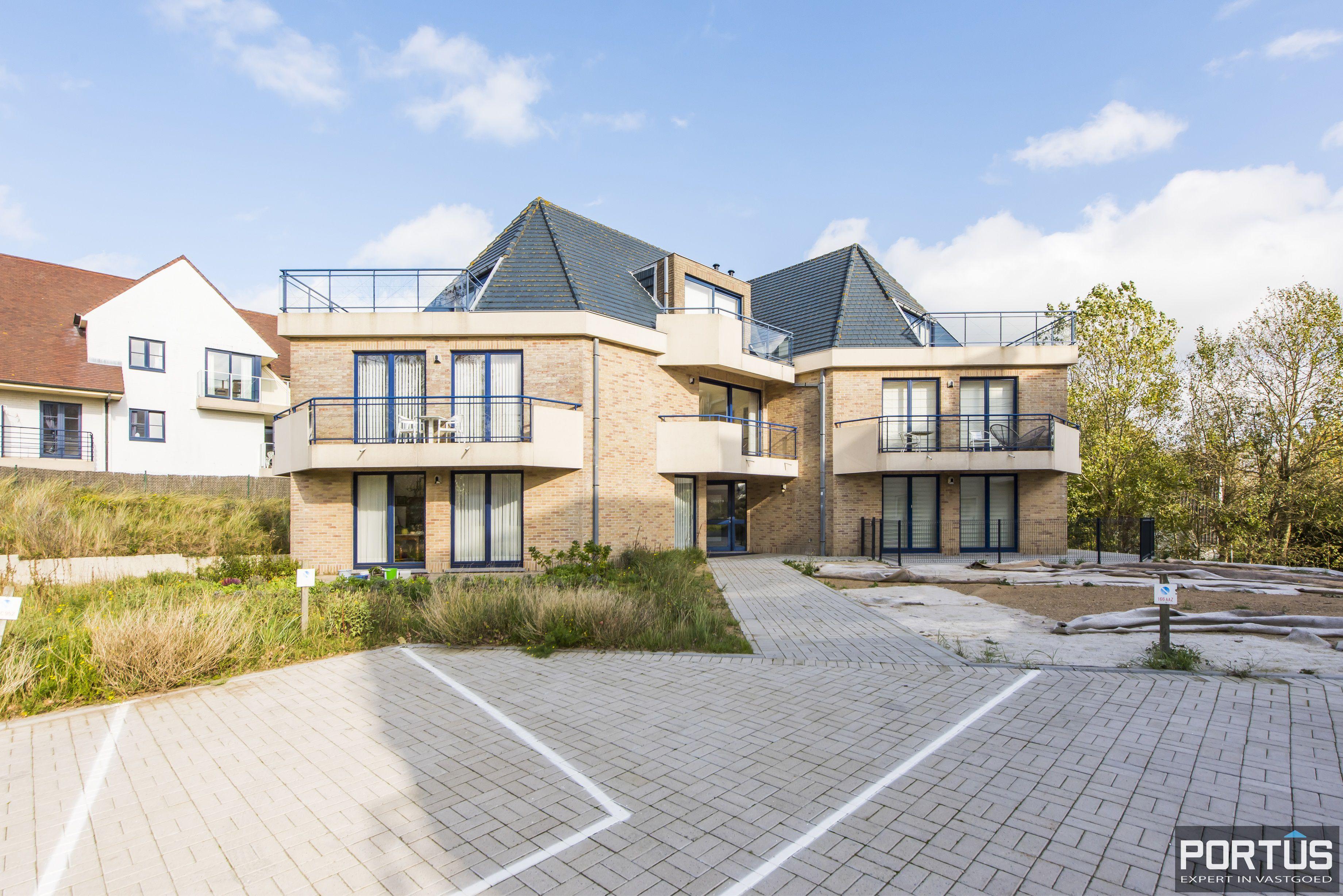Zongericht en rustig gelegen appartement met 3 slaapkamers te koop te Oostduinkerke - 10697