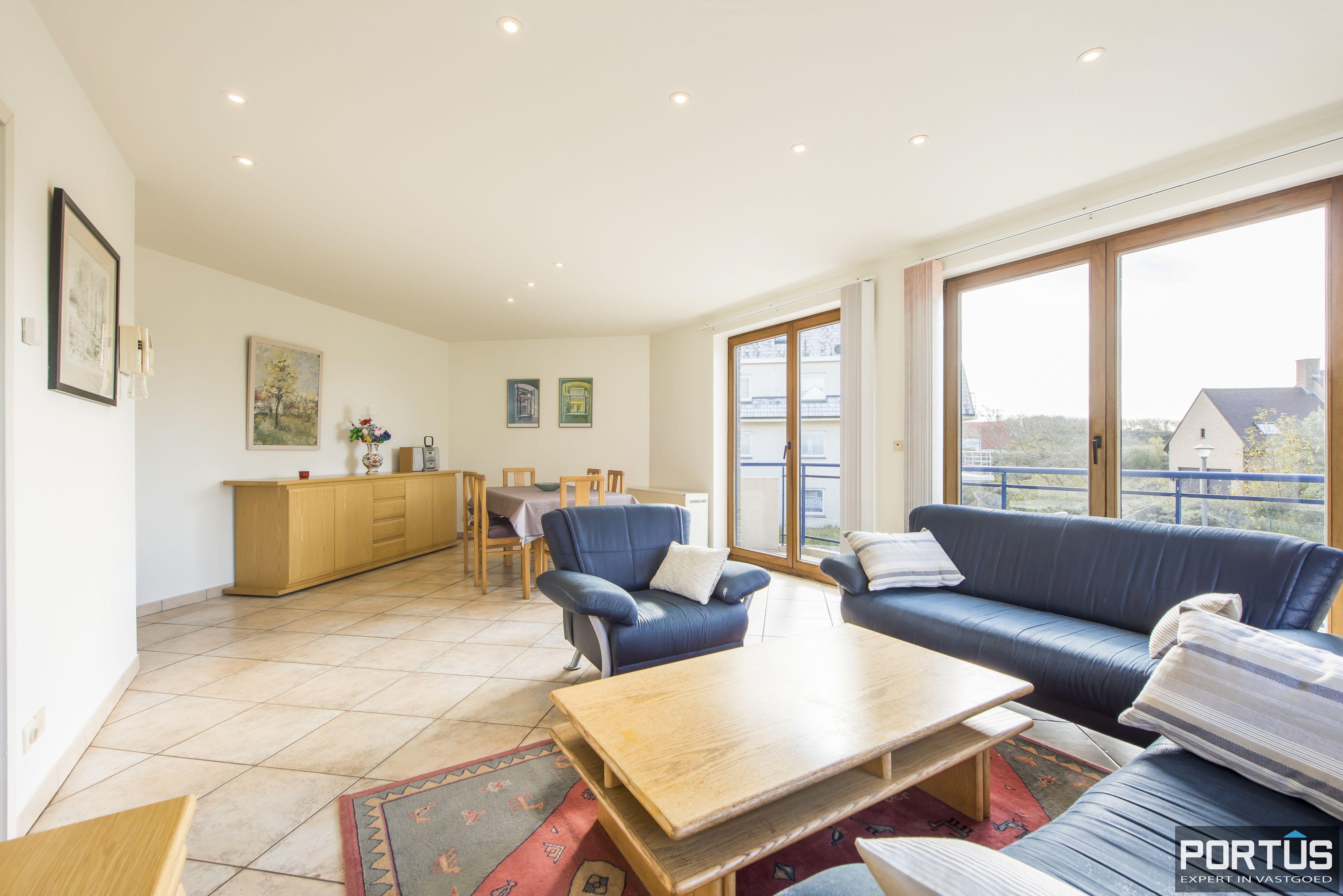 Zongericht en rustig gelegen appartement met 3 slaapkamers te koop te Oostduinkerke
