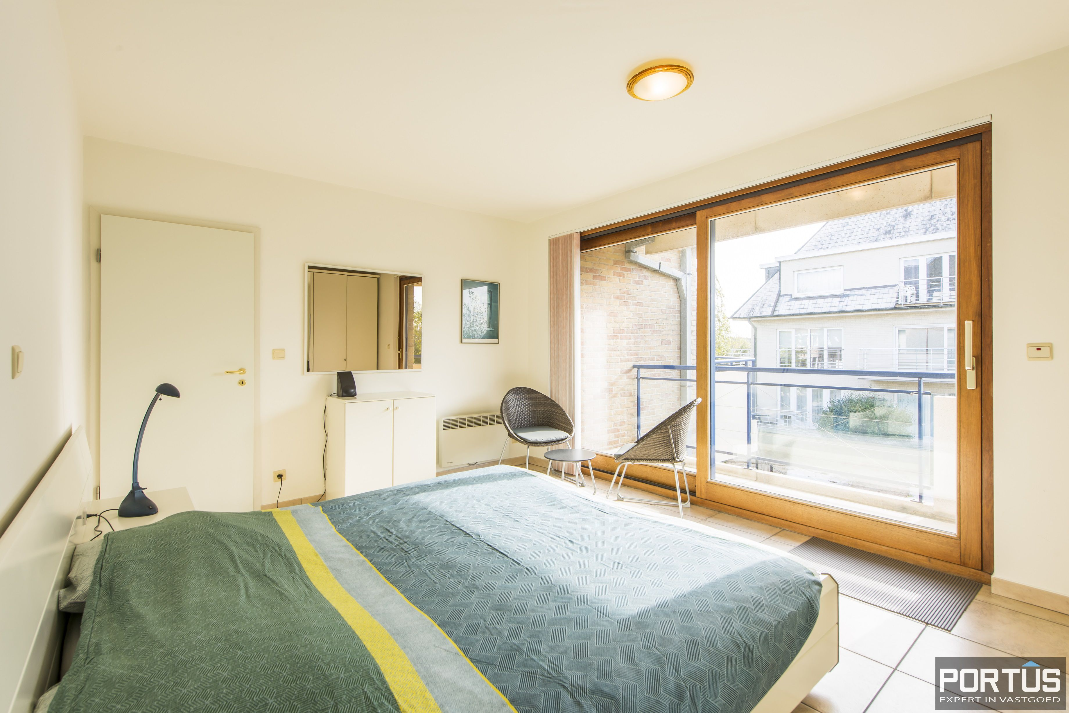 Zongericht en rustig gelegen appartement met 3 slaapkamers te koop te Oostduinkerke - 10706