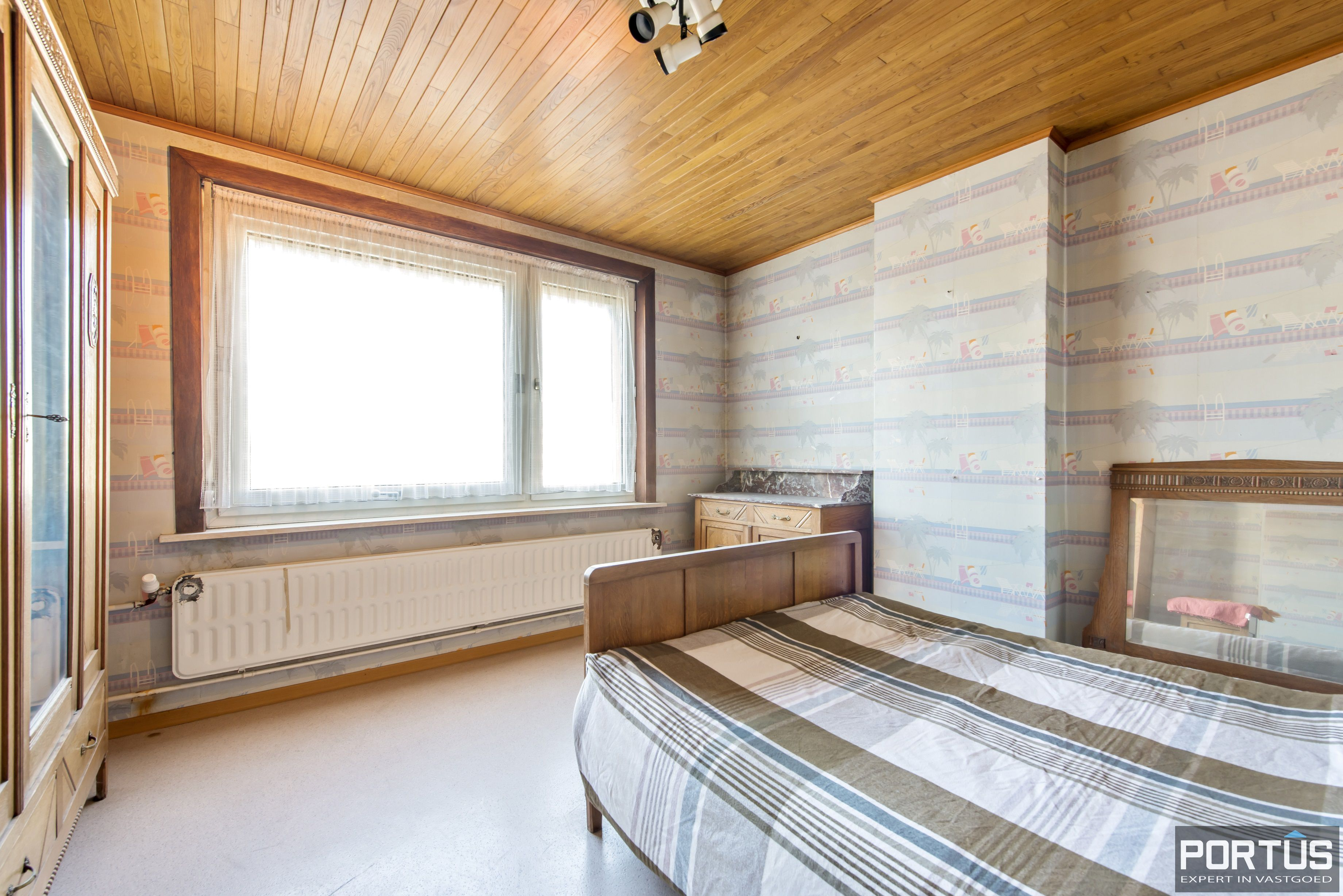Woning met 4 slaapkamers en grote tuin te koop - 10792