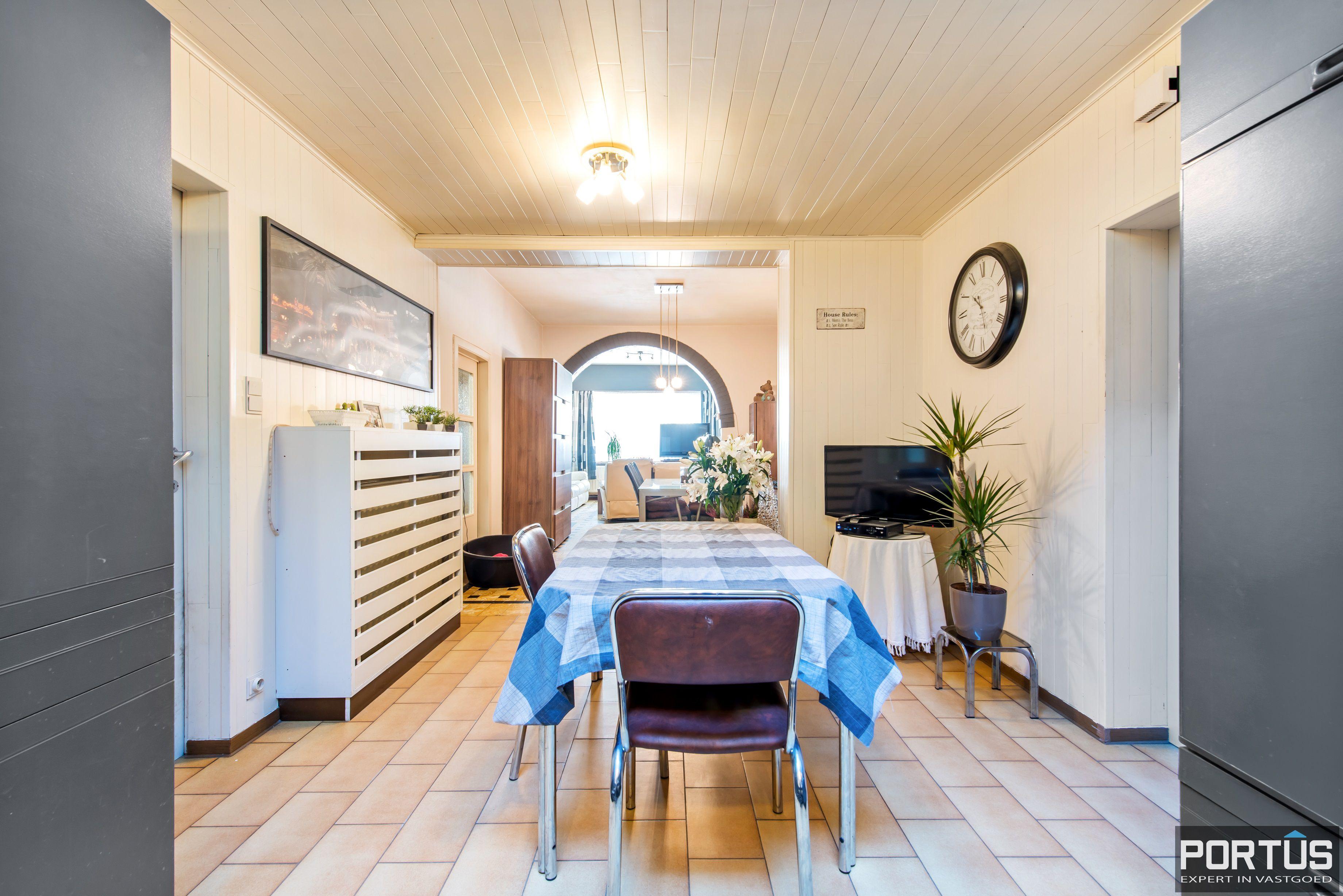 Woning met 4 slaapkamers en grote tuin te koop - 10805