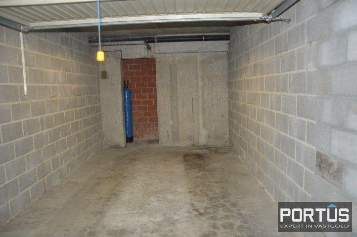 Gesloten ruime garage box te huur te Nieuwpoort - 10824