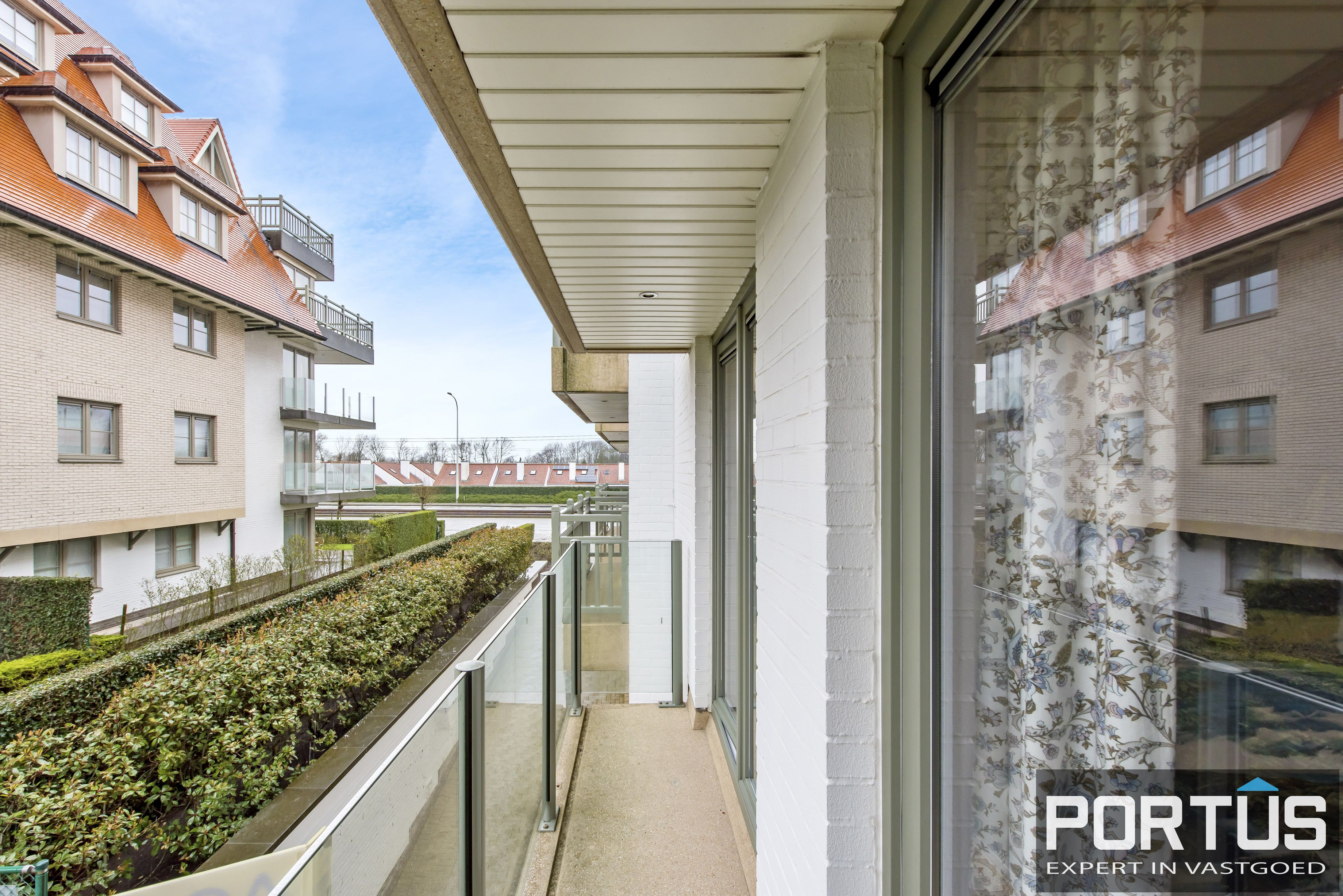 Zongerichte appartement met 2 slaapkamers te koop te Nieuwpoort - 10882