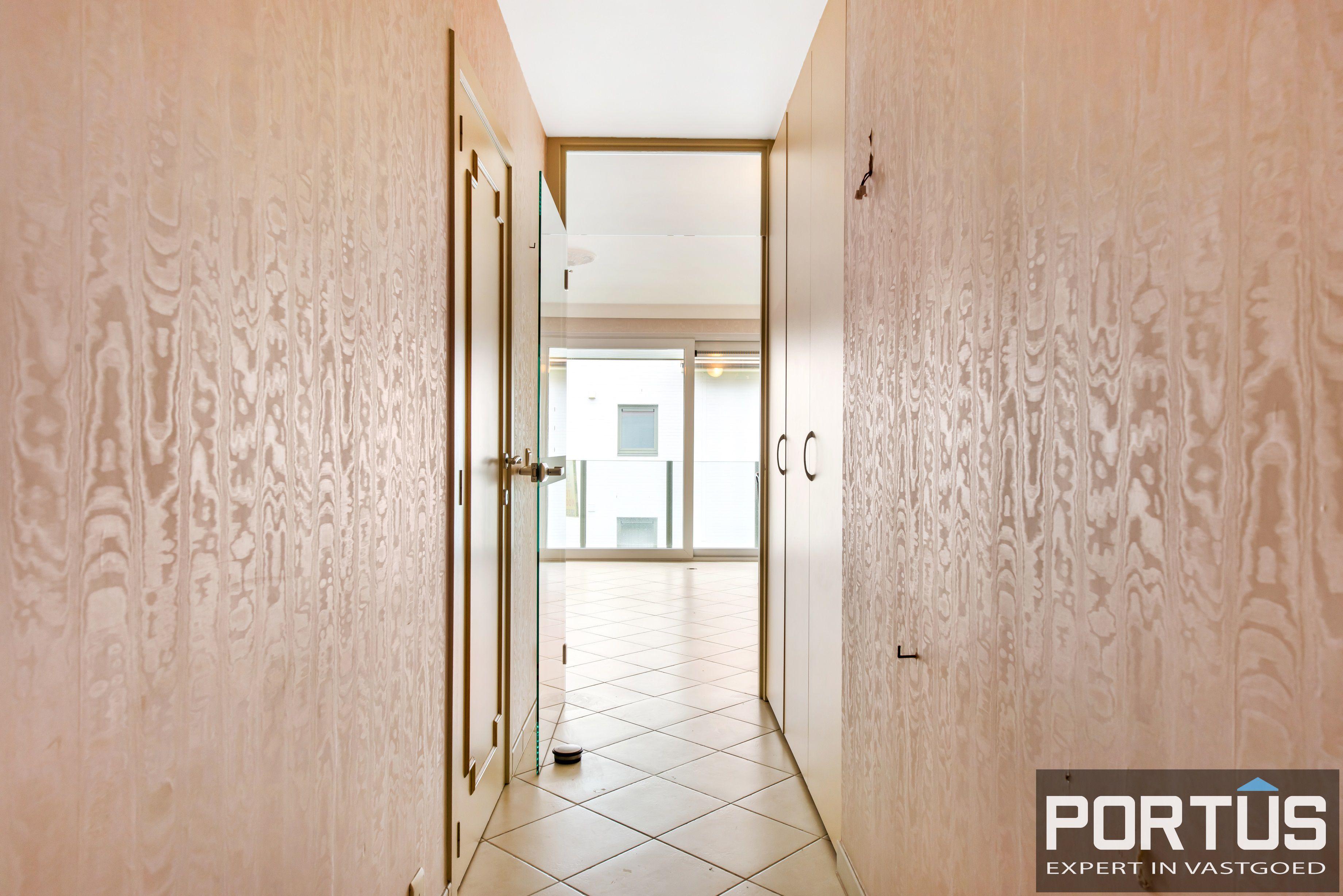Zongerichte appartement met 2 slaapkamers te koop te Nieuwpoort - 10886