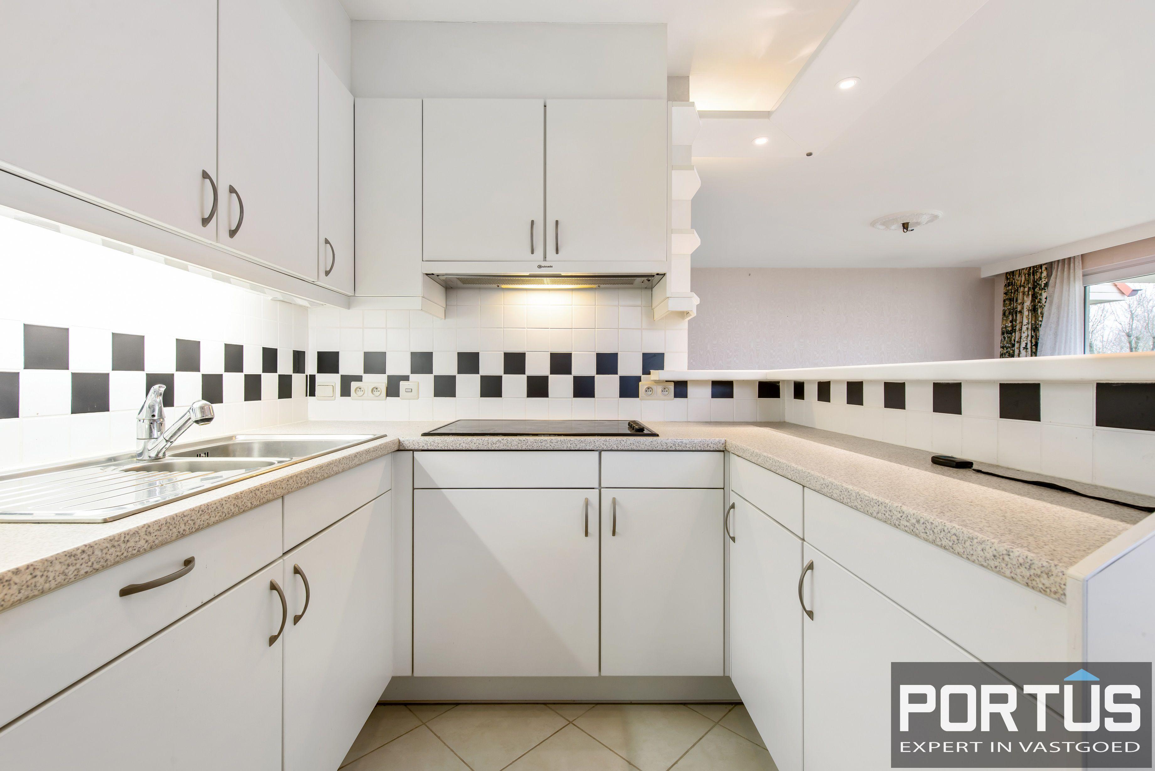 Zongerichte appartement met 2 slaapkamers te koop te Nieuwpoort - 10893
