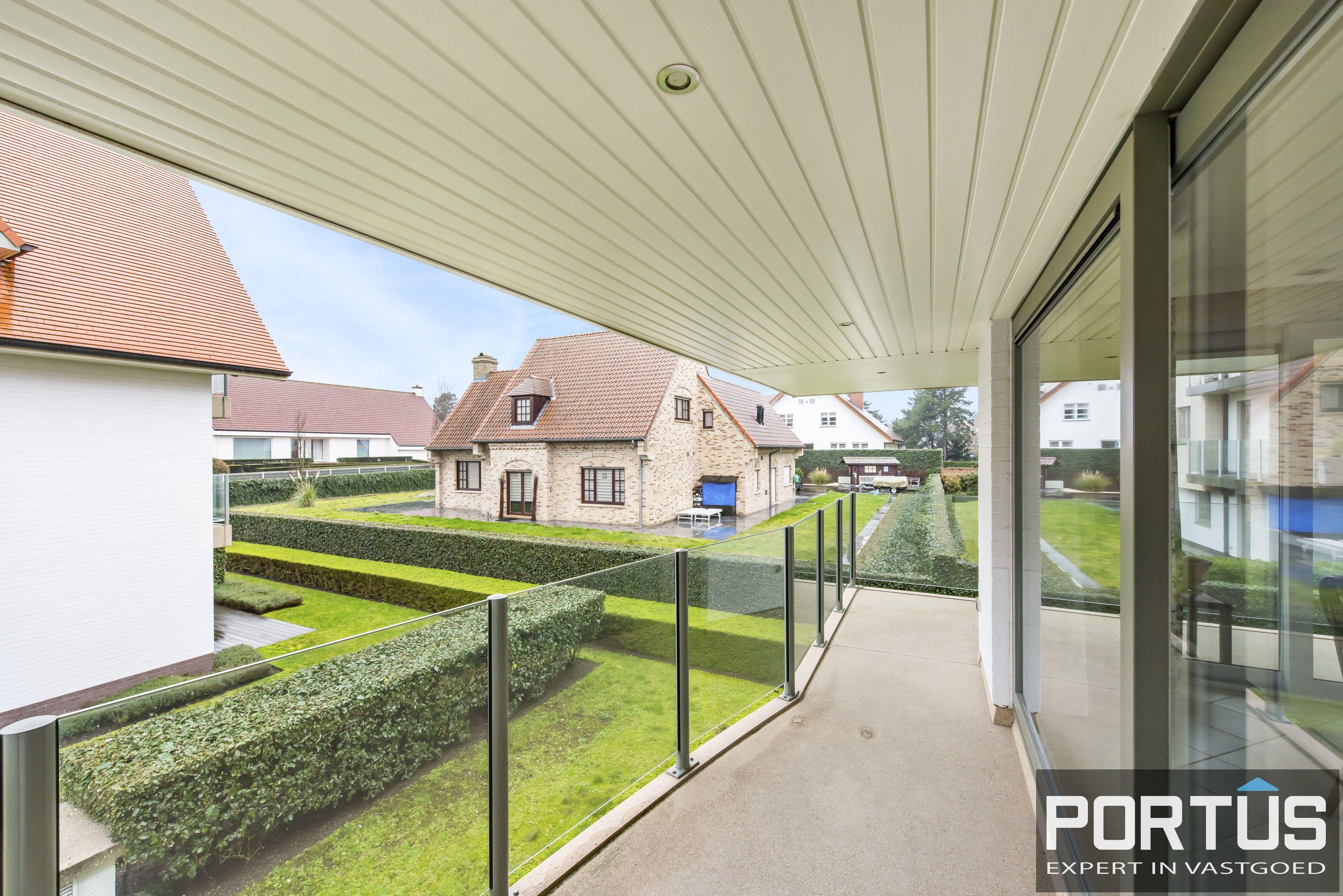 Zongerichte appartement met 2 slaapkamers te koop te Nieuwpoort - 10894