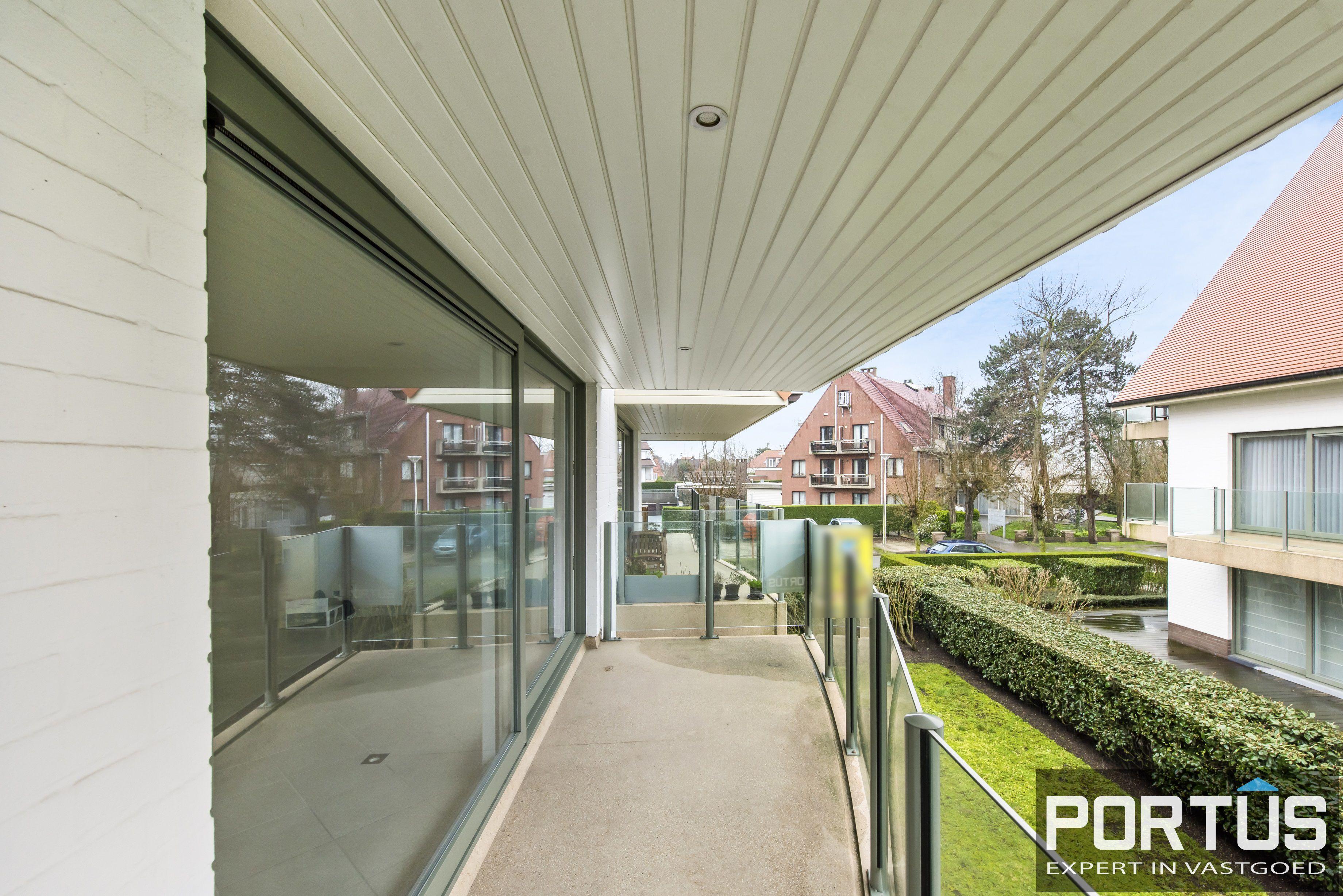 Zongerichte appartement met 2 slaapkamers te koop te Nieuwpoort - 10895