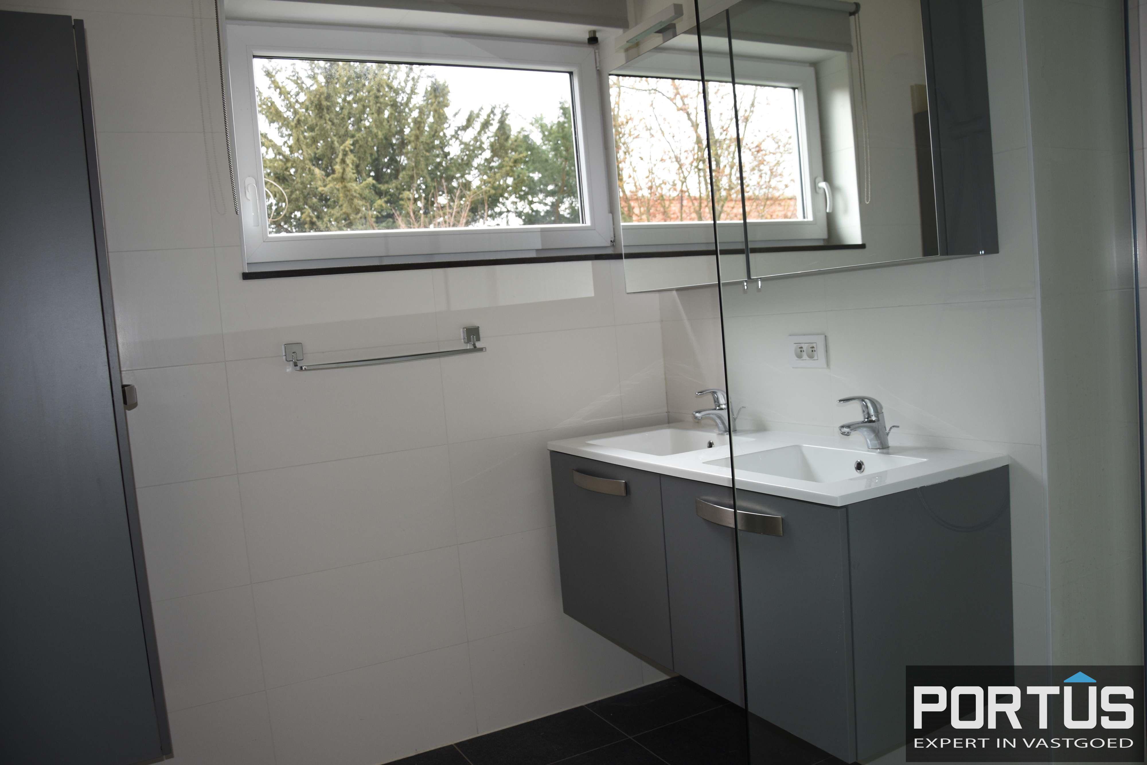 Appartement met 2 slaapkamers te huur in Nieuwpoort - 10912
