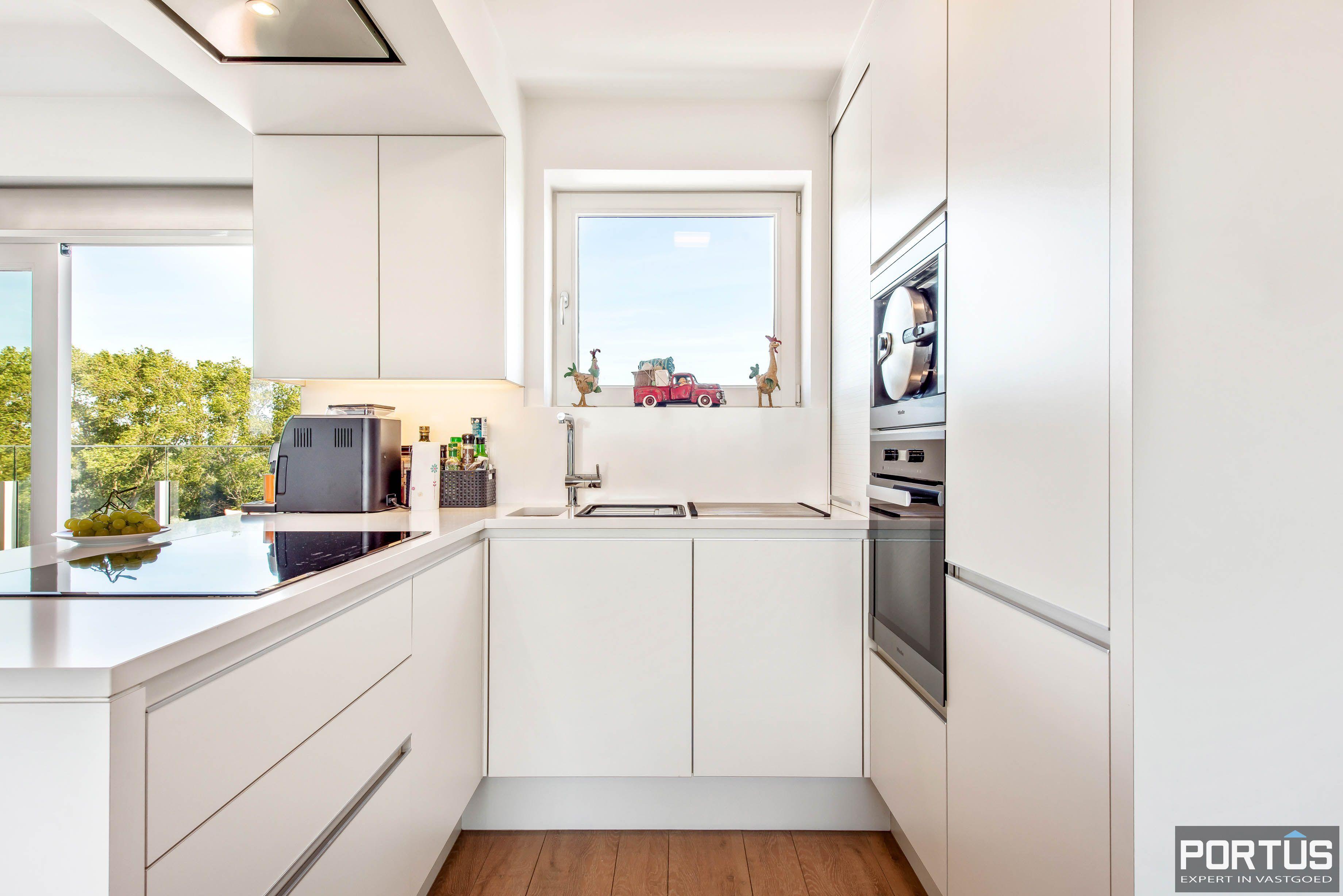 Exclusieve penthouse met 3 slaapkamers te koop te Nieuwpoort - 10923