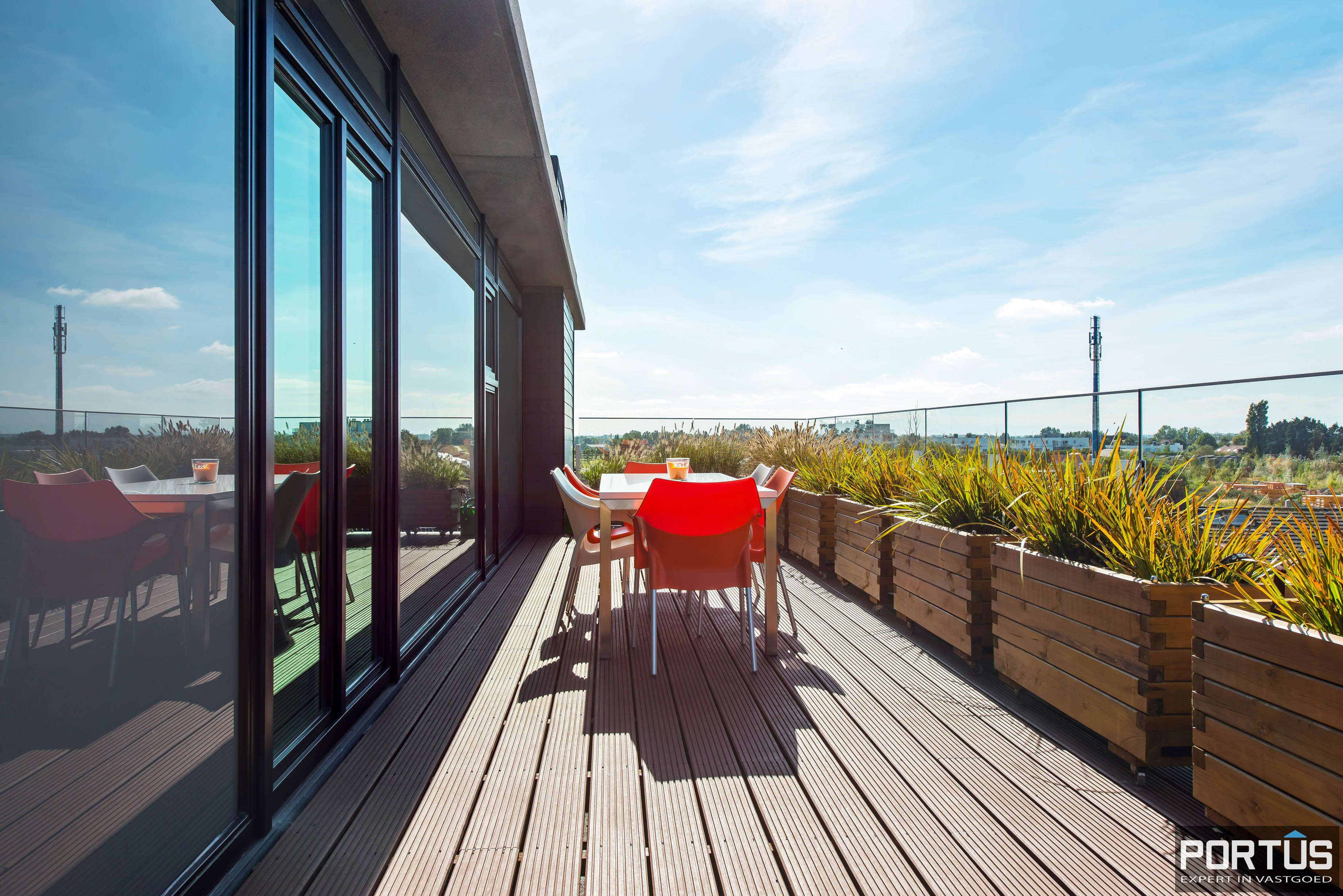 Exclusieve penthouse met 3 slaapkamers te koop te Nieuwpoort - 10930