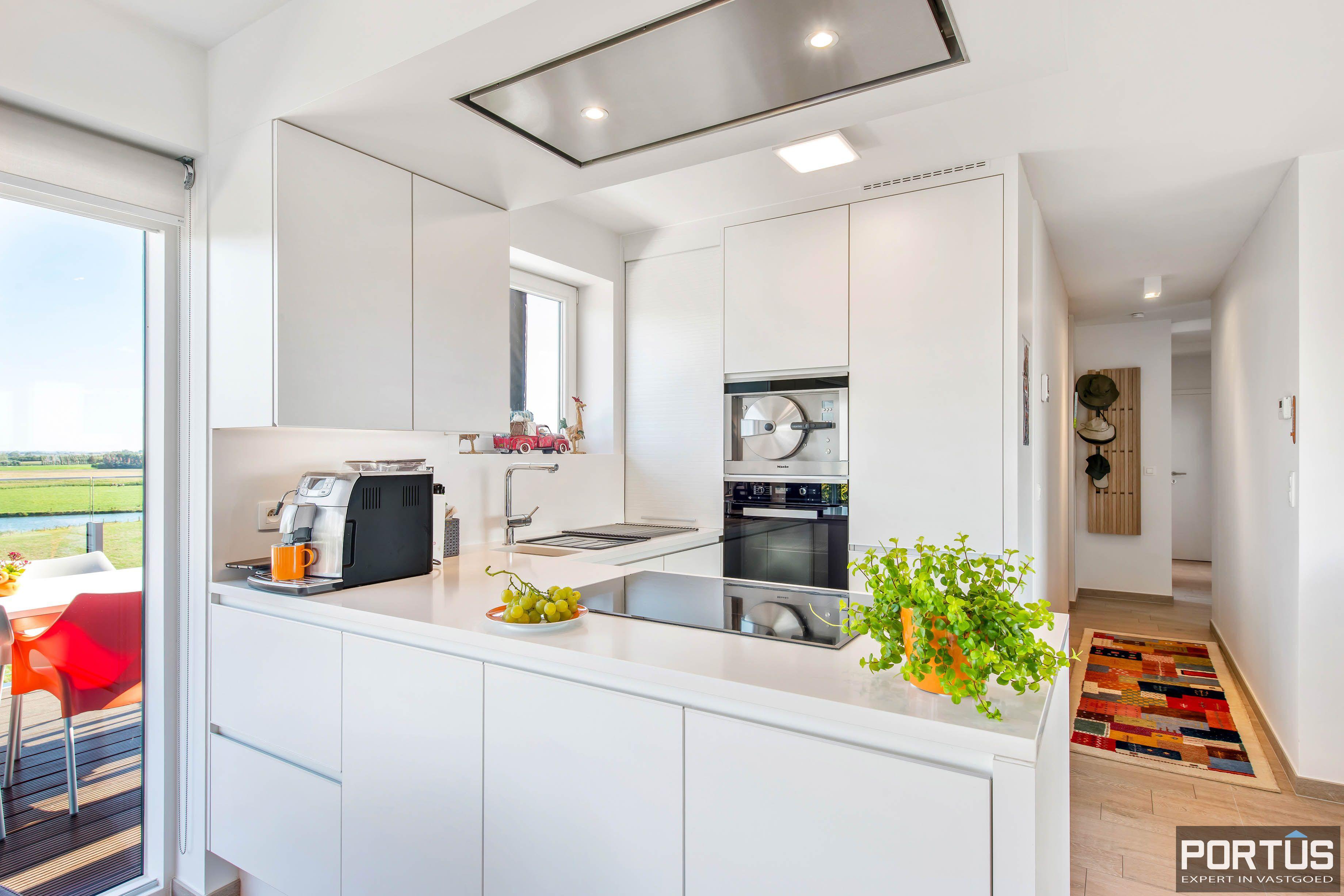 Exclusieve penthouse met 3 slaapkamers te koop te Nieuwpoort - 10944