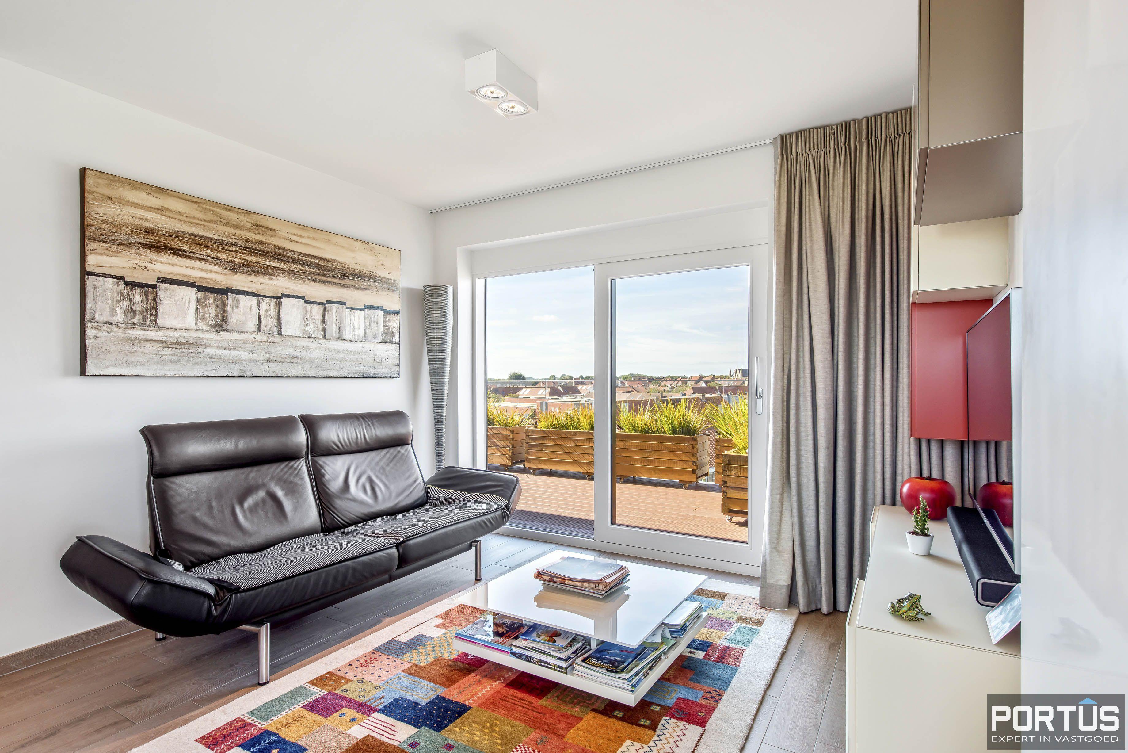 Exclusieve penthouse met 3 slaapkamers te koop te Nieuwpoort - 10945