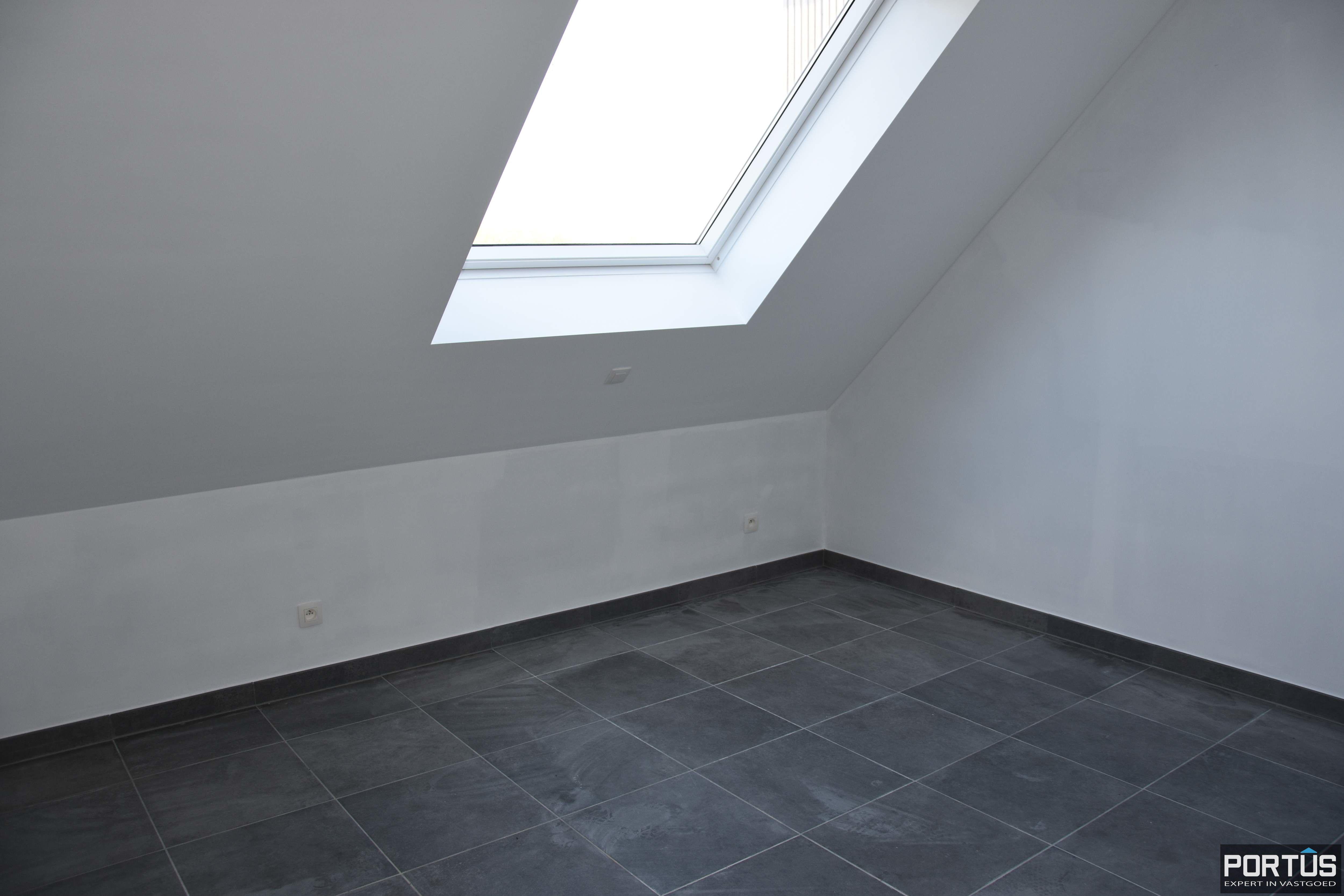 Nieuwbouw duplex-appartement met 2 slaapkamers te huur - 11008