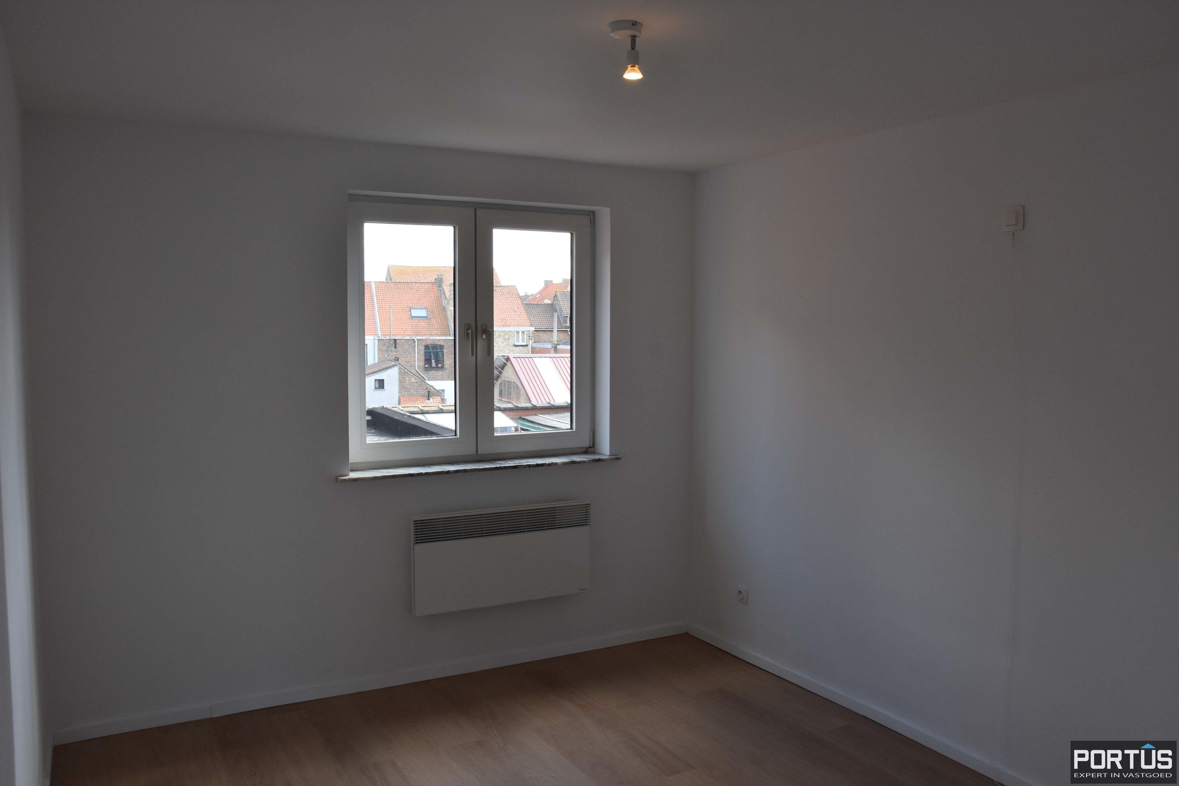 Appartement met 2 slaapkamers te huur te Nieuwpoort - 11088