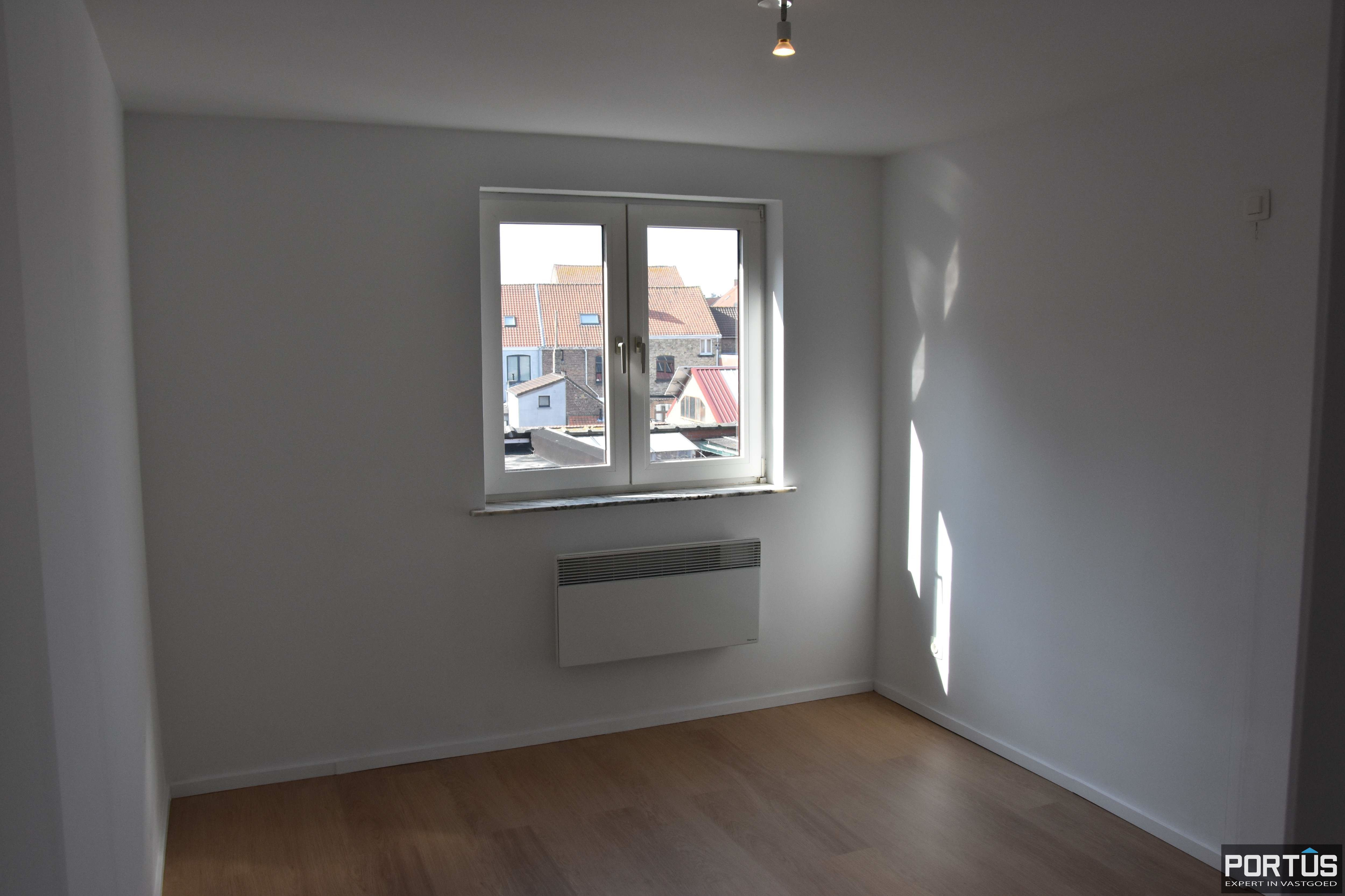 Appartement met 2 slaapkamers te huur te Nieuwpoort - 11091