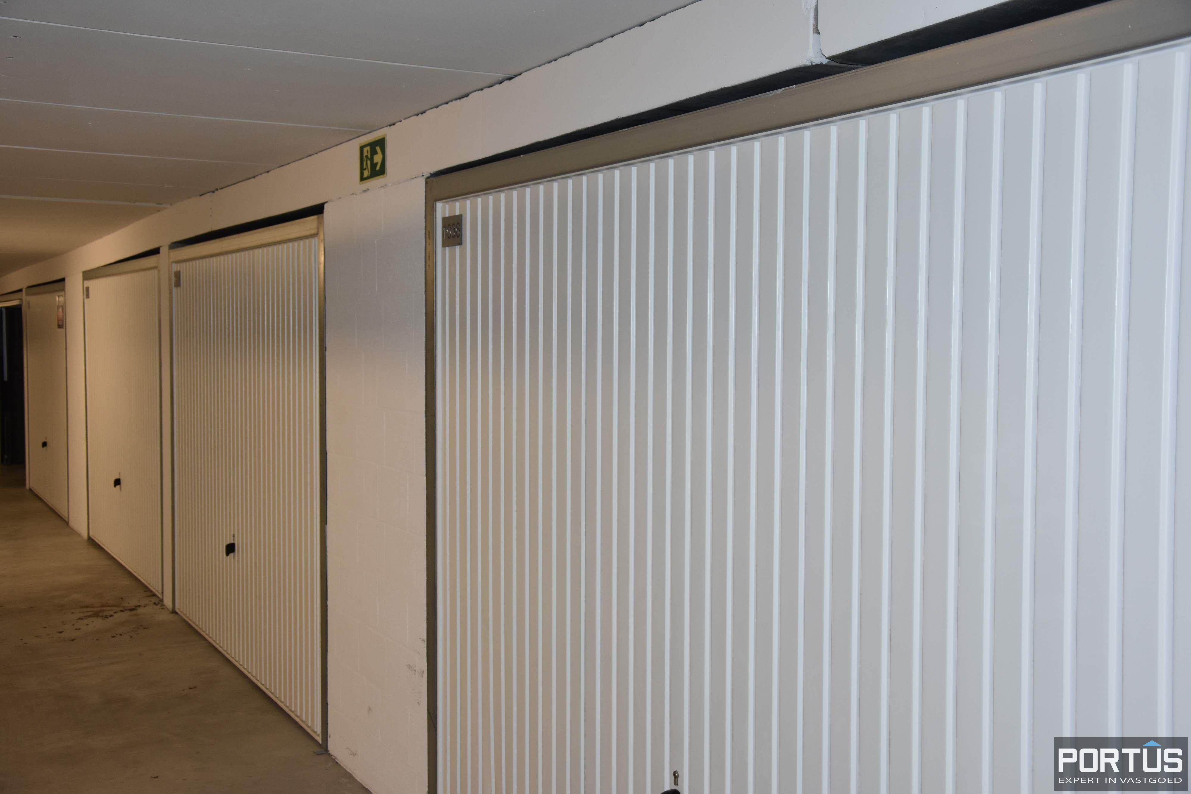 Gesloten ruime garagebox te huur - 11095