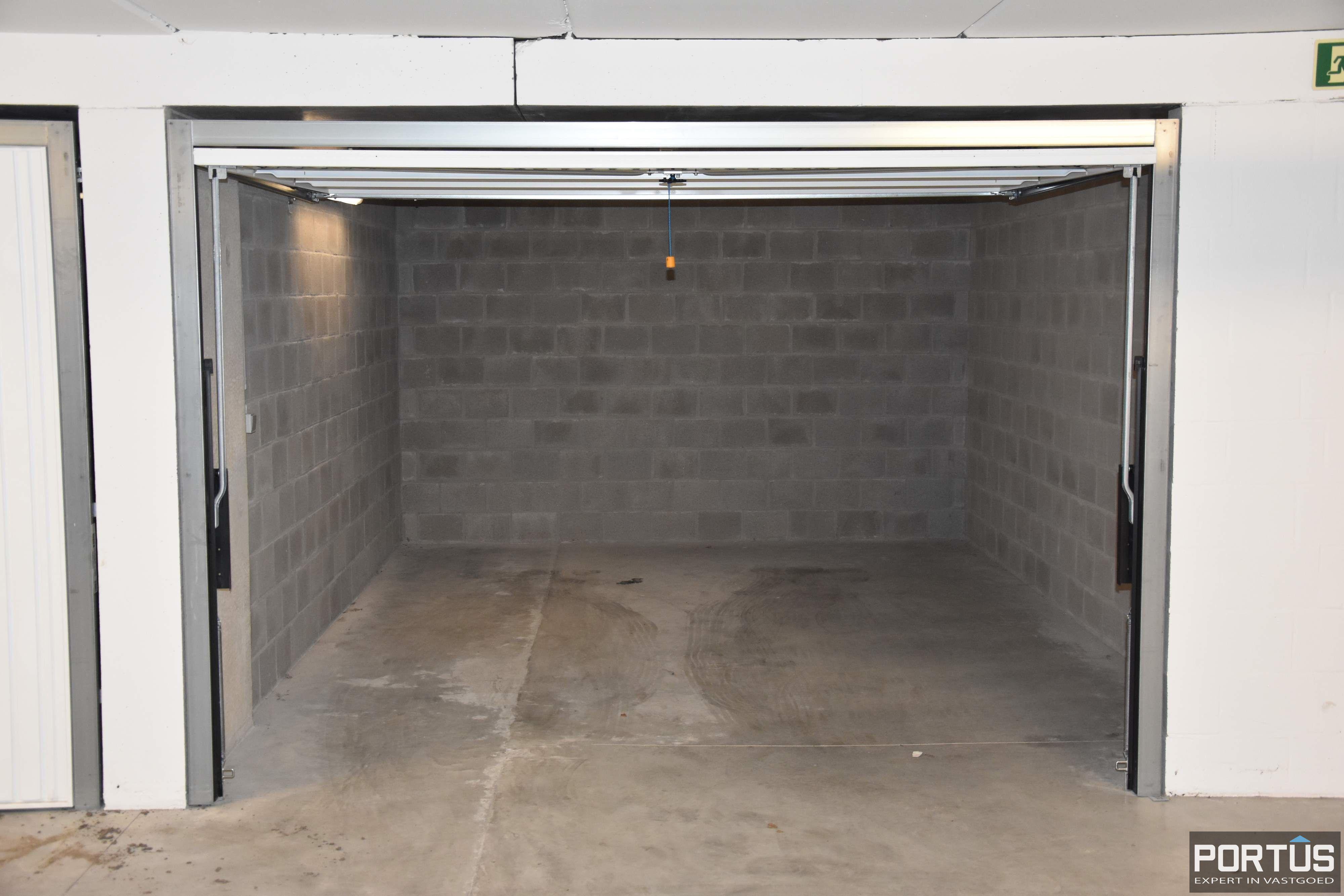 Gesloten ruime garagebox te huur - 11096