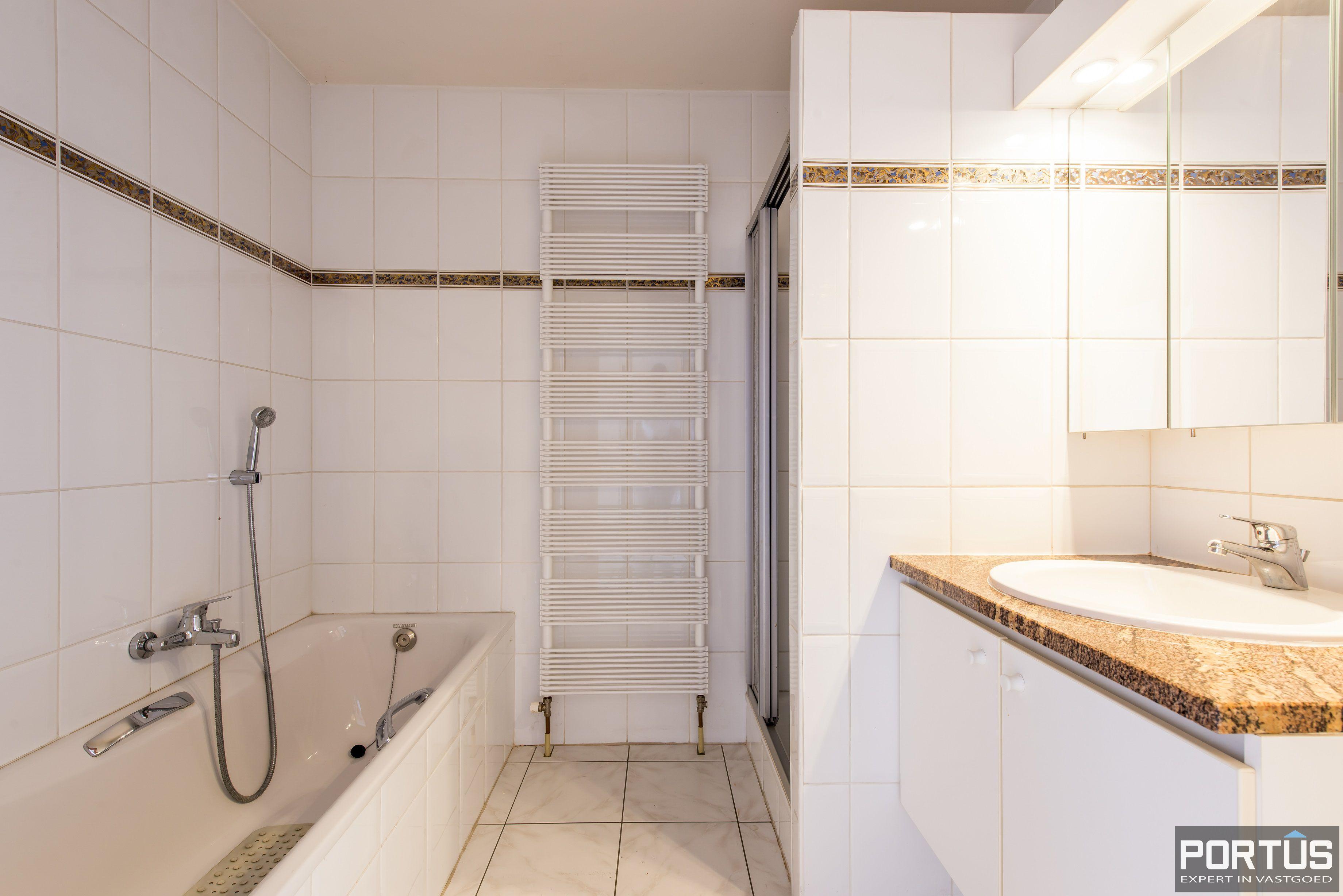 Ruim appartement met 2 slaapkamers te koop te Nieuwpoort-Stad - 11186