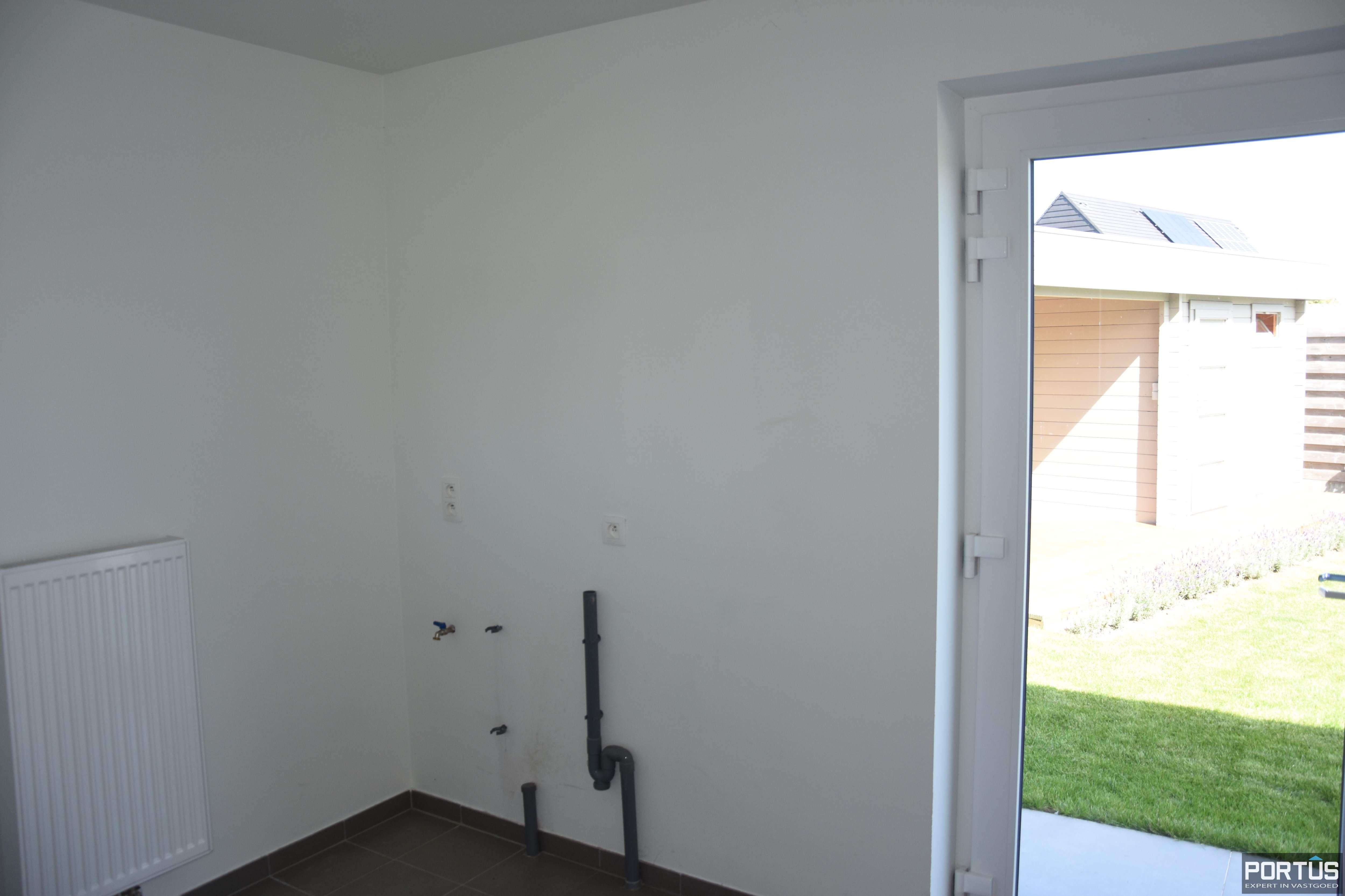 Recente villa te huur met 4 slaapkamers te Westende - 11234