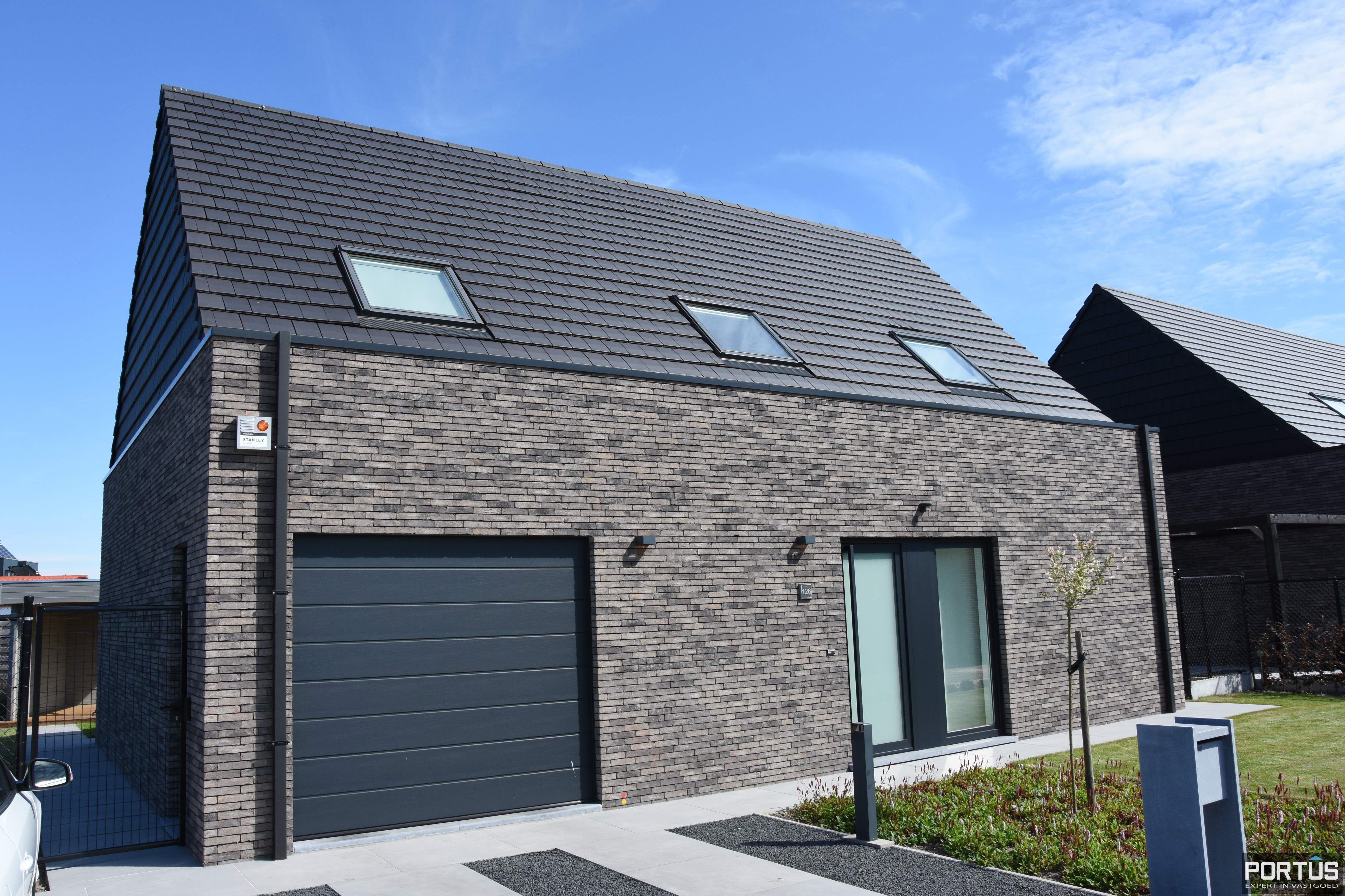 Recente villa te huur met 4 slaapkamers te Westende - 11236