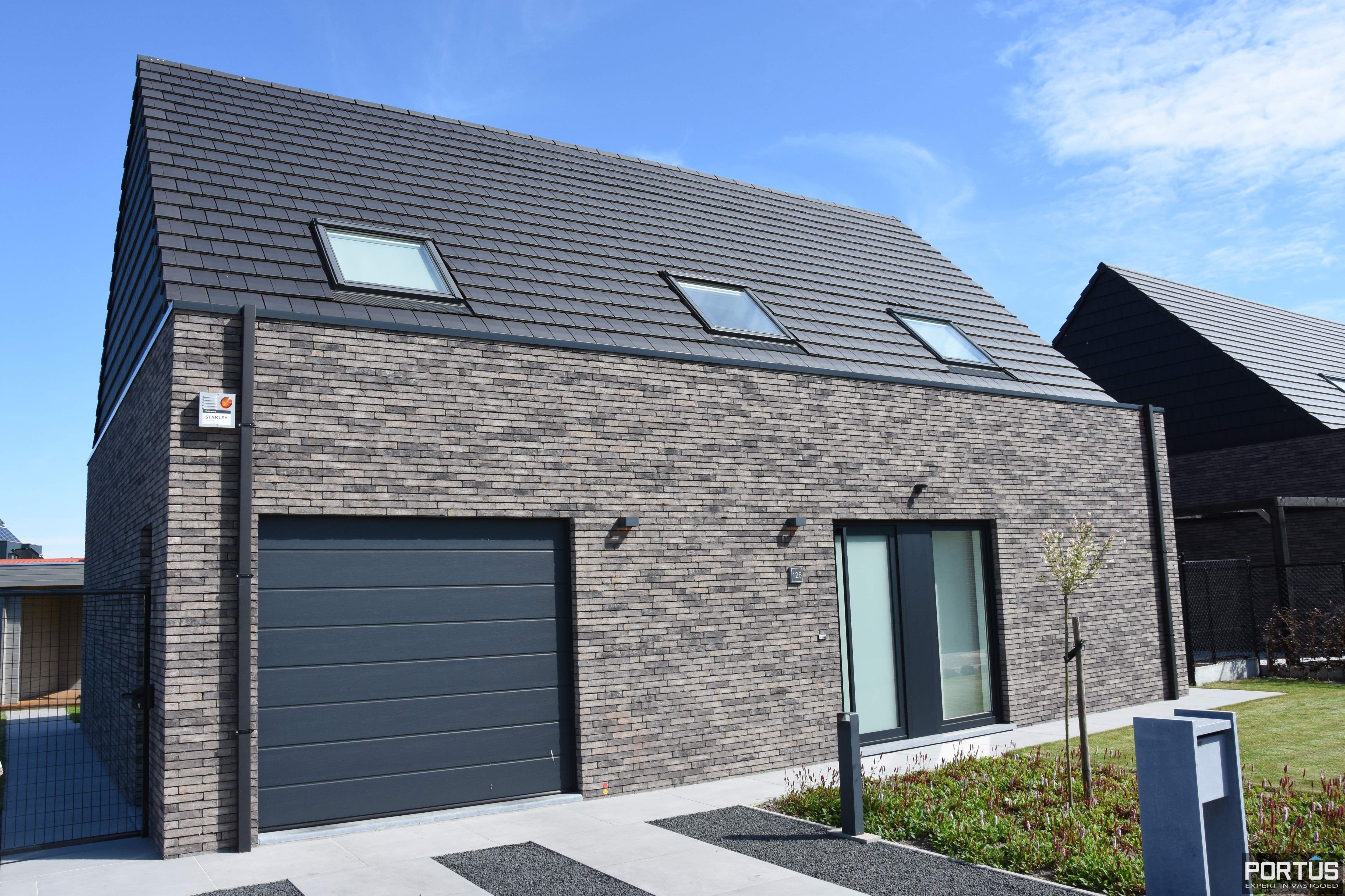 Recente villa te huur met 4 slaapkamers te Westende - 11237