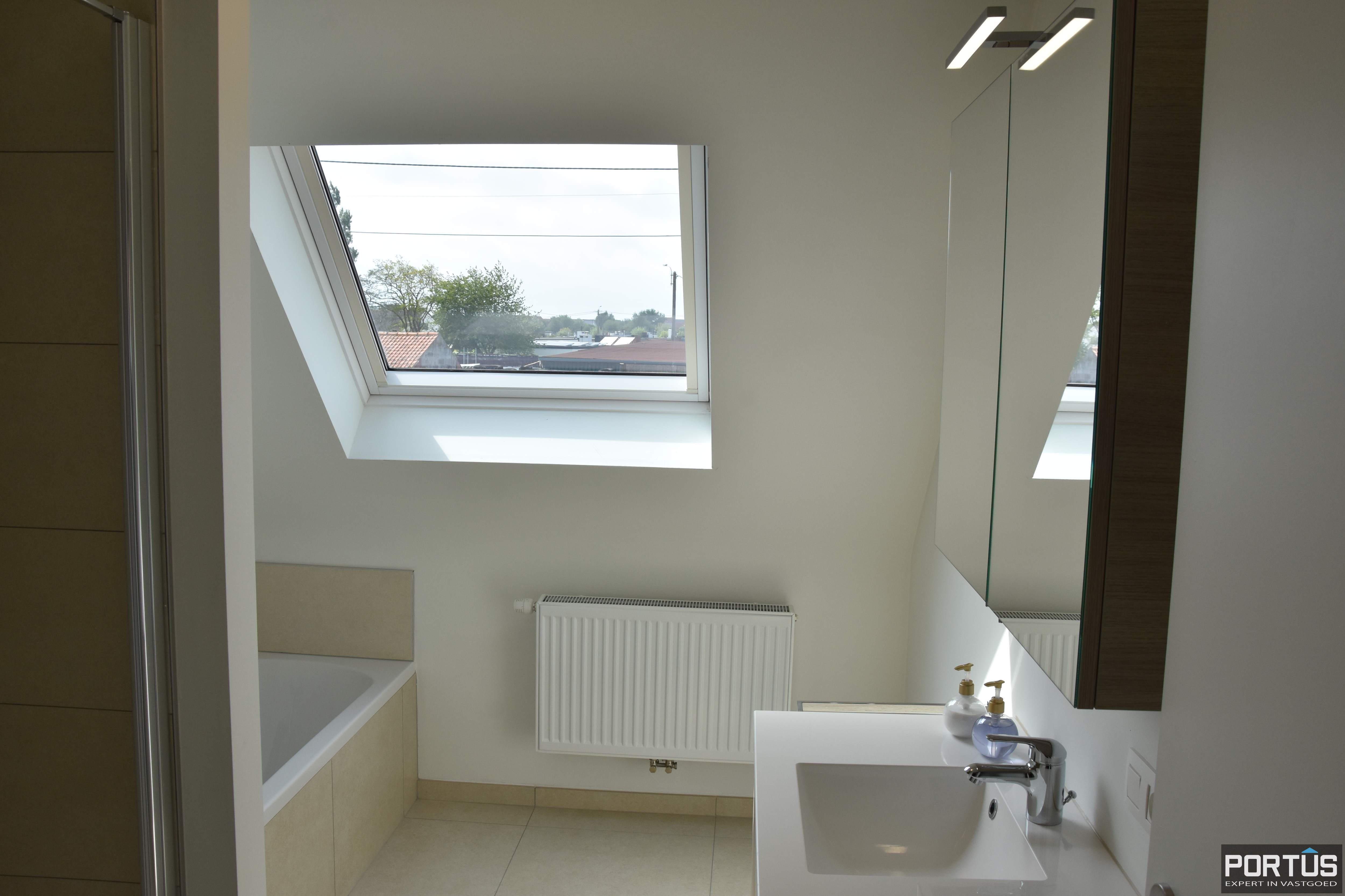 Recente villa te huur met 4 slaapkamers te Westende - 11242