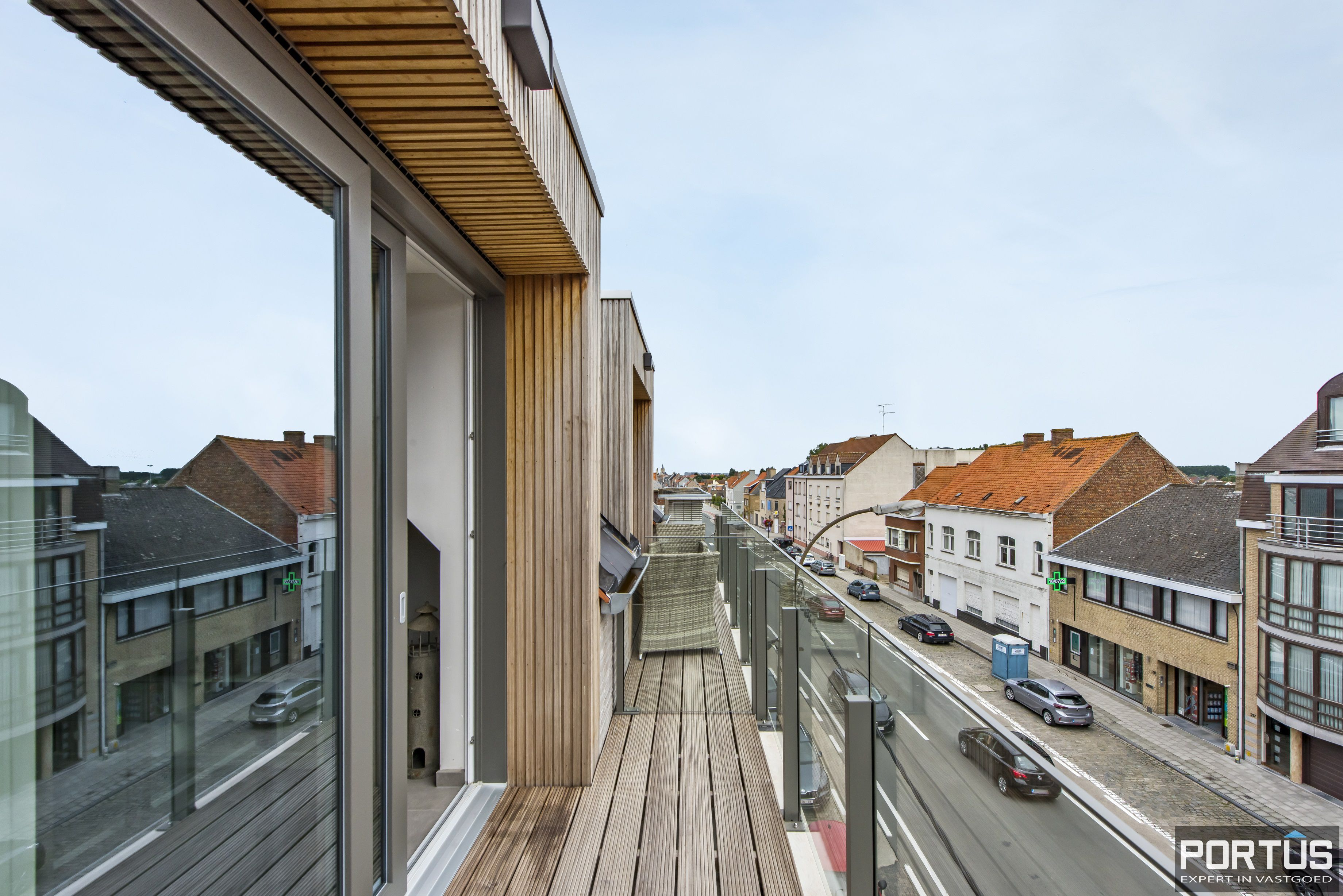Instapklare duplex te koop te Lombardsijde met 2 slaapkamers - 11270
