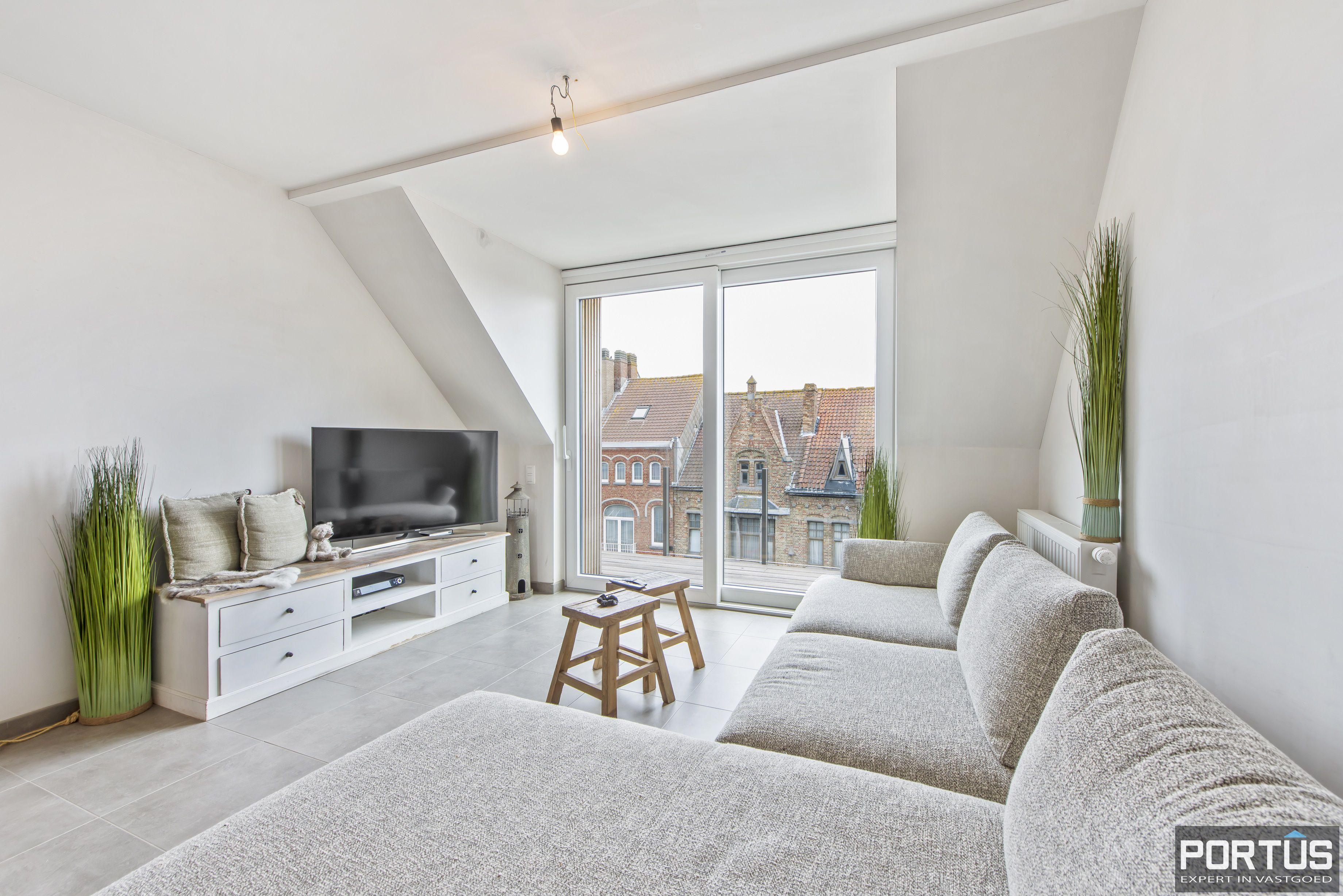 Instapklare duplex te koop te Lombardsijde met 2 slaapkamers - 11276