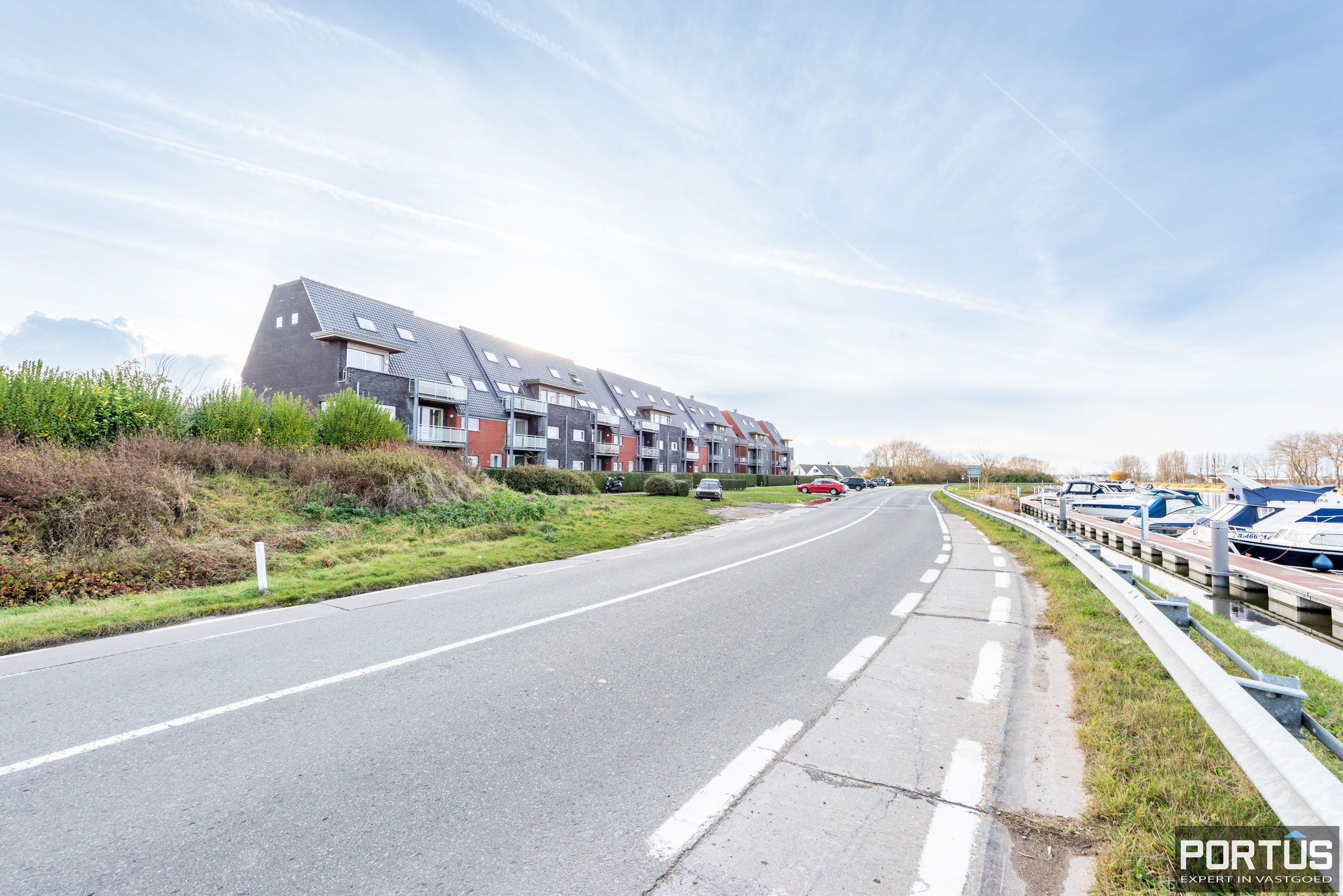 Instapklaar zongericht appartement met 1 slaapkamer te koop te Nieuwpoort - 11445