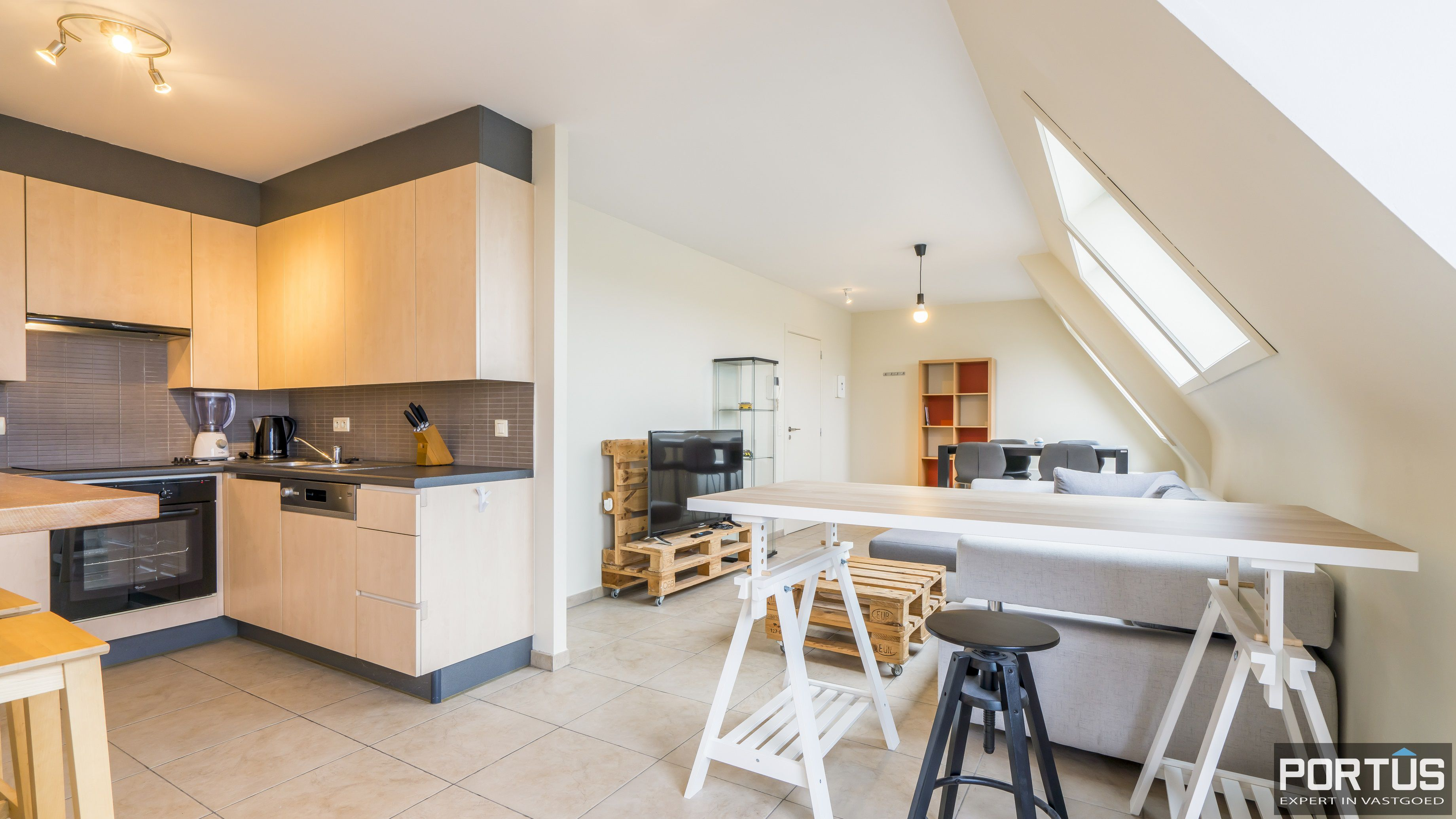 Instapklaar zongericht appartement met 1 slaapkamer te koop te Nieuwpoort