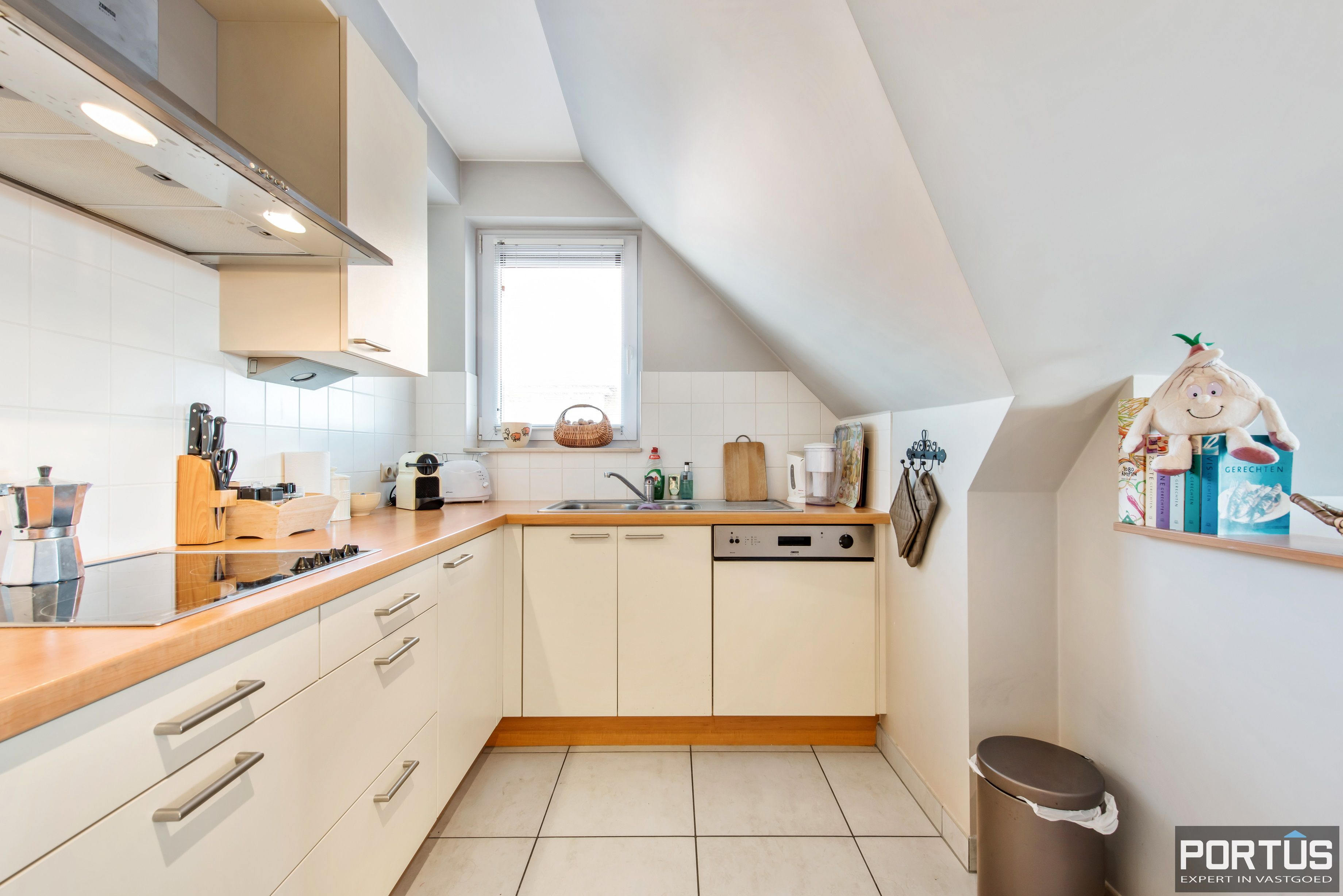 Instapklare duplex met 2 slaapkamers te koop te Nieuwpoort - 11636