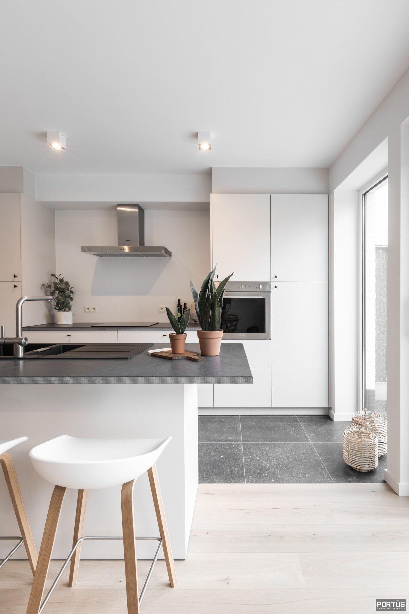 Nieuwbouwwoning met 4 slaapkamers te koop te Lombardsijde - 11839