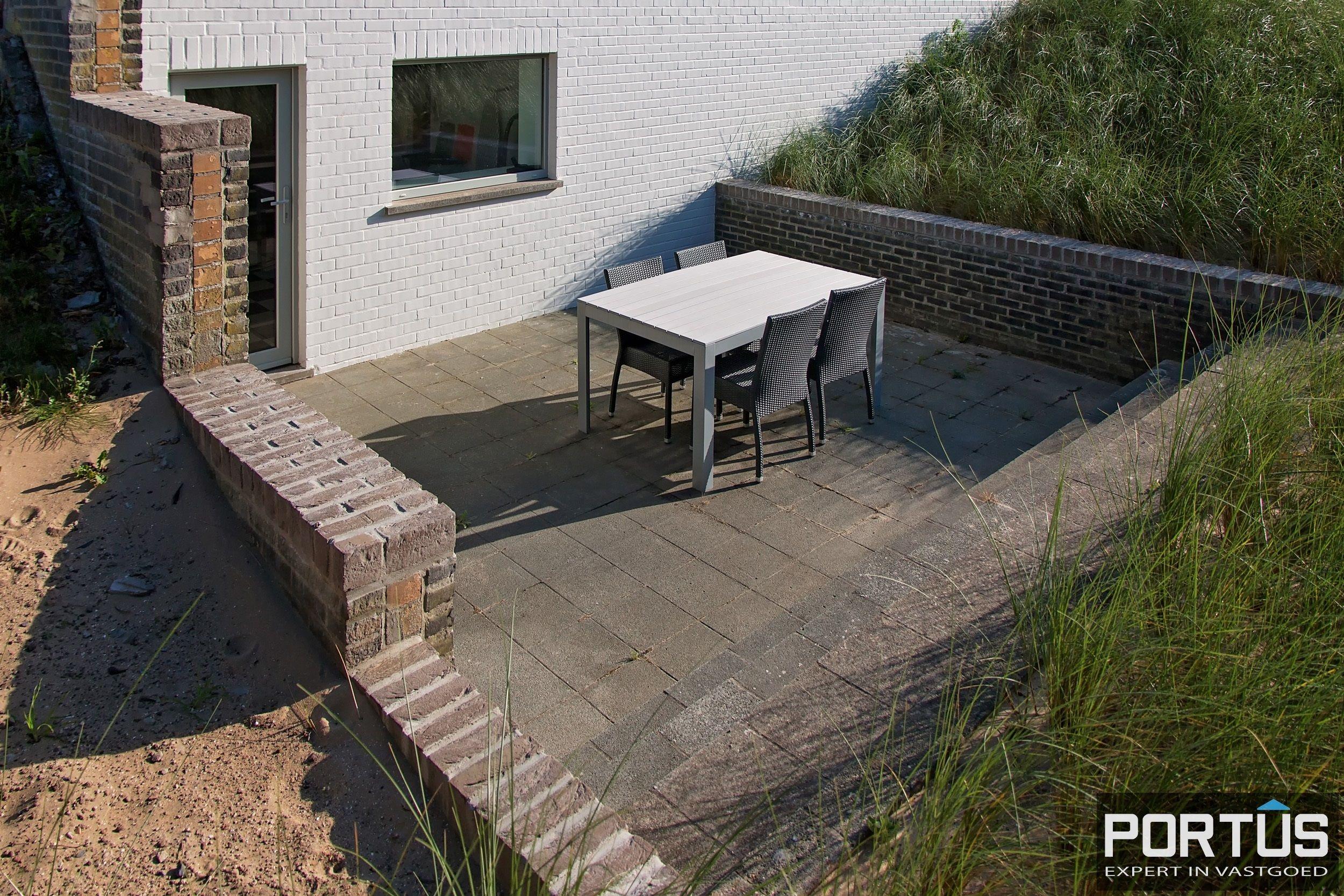 Volledig gerenoveerde villa te koop met tuin te Westende - 11962