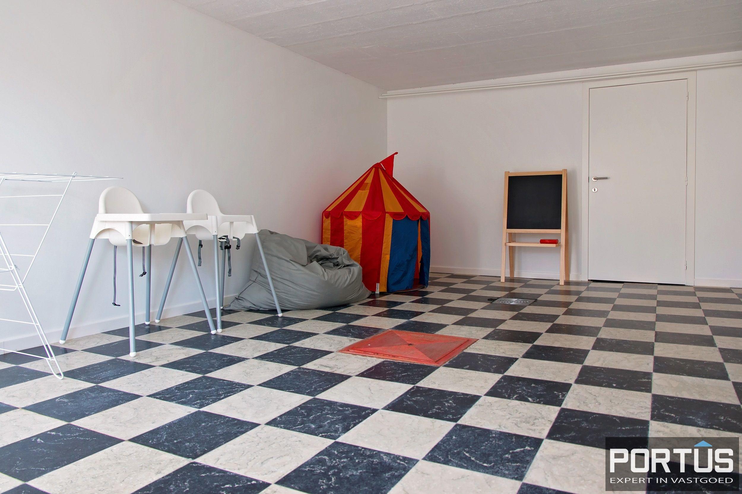 Volledig gerenoveerde villa te koop met tuin te Westende - 11963