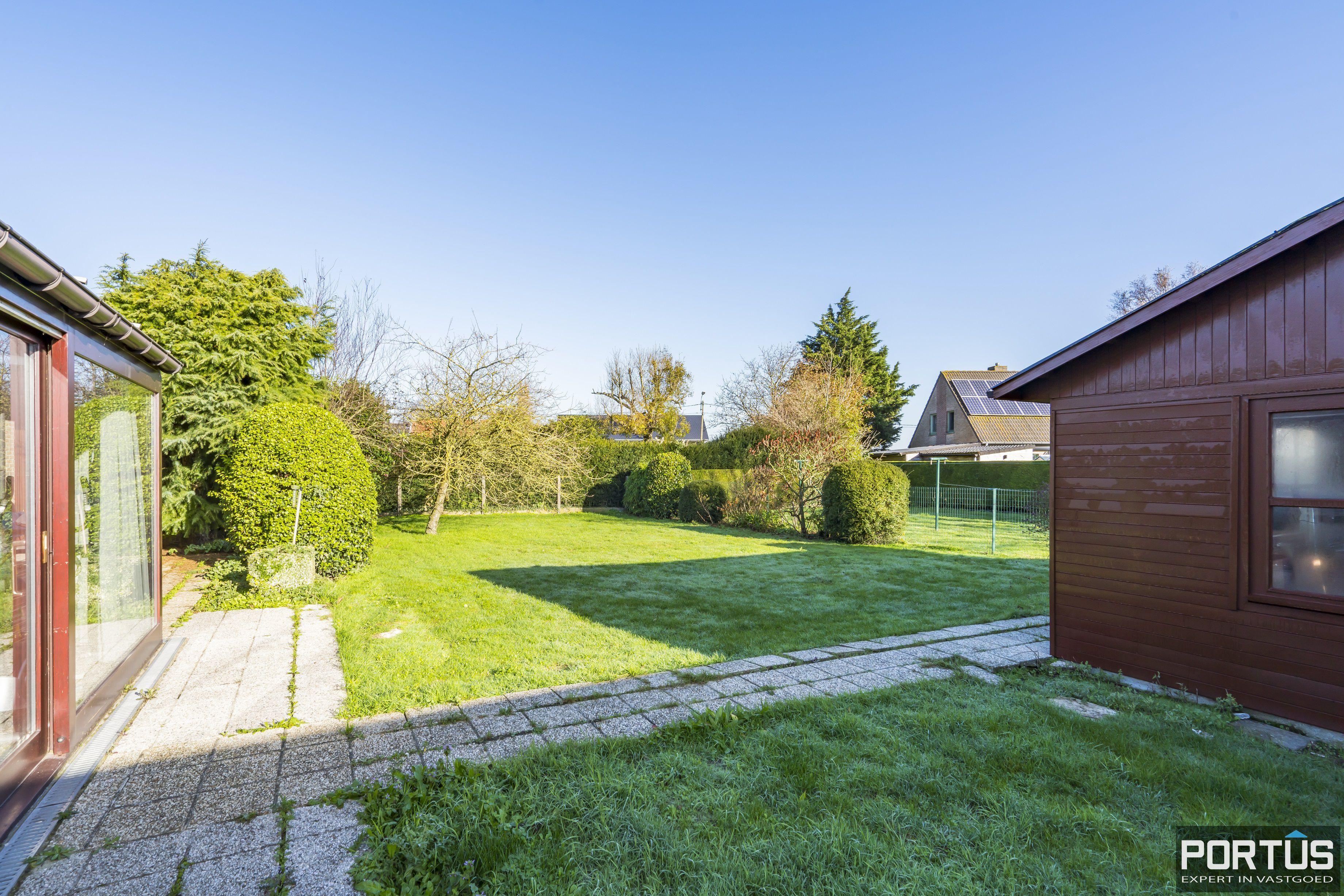 Woning te koop te Pervijze met grote tuin. - 12077