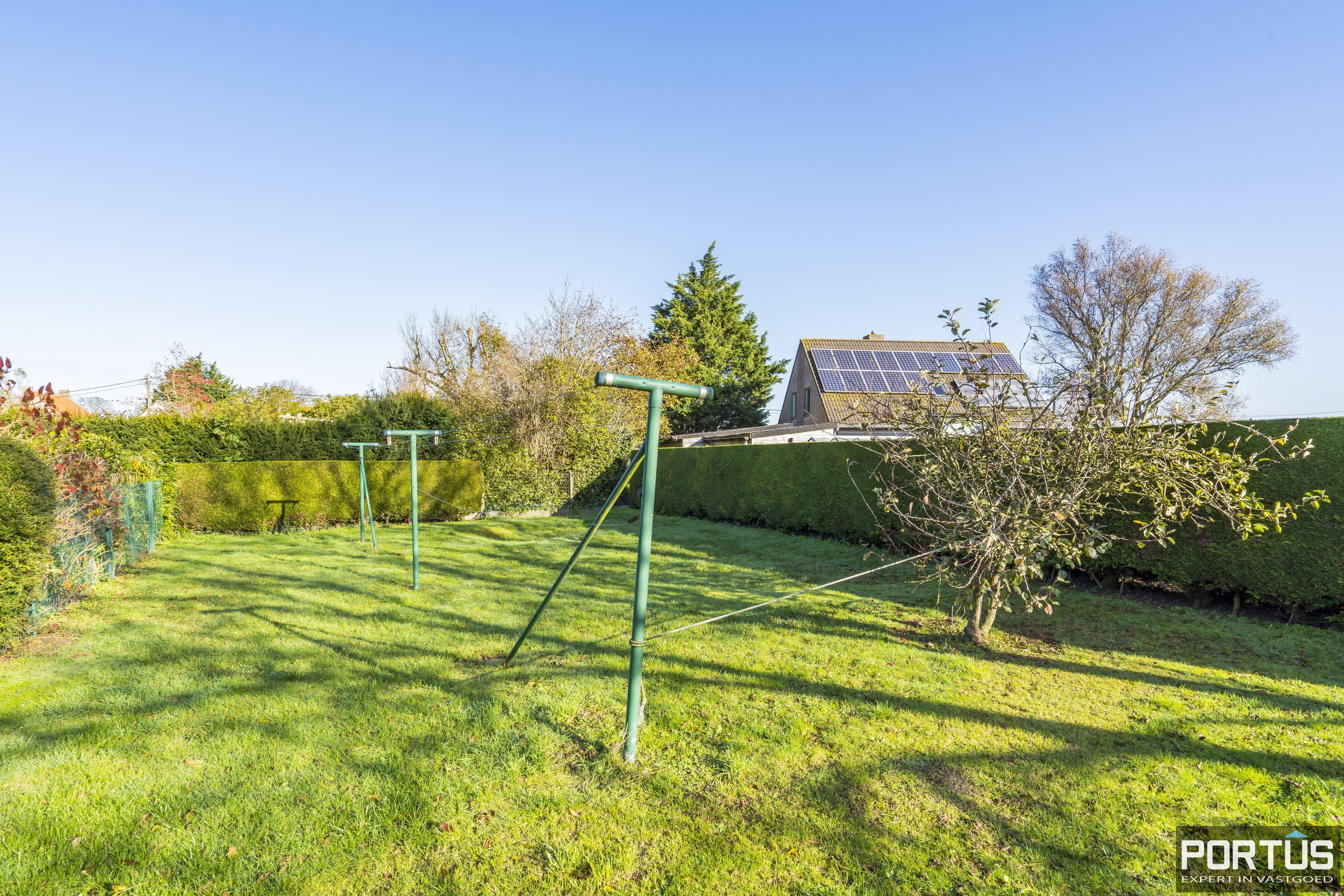 Woning te koop te Pervijze met grote tuin. - 12078