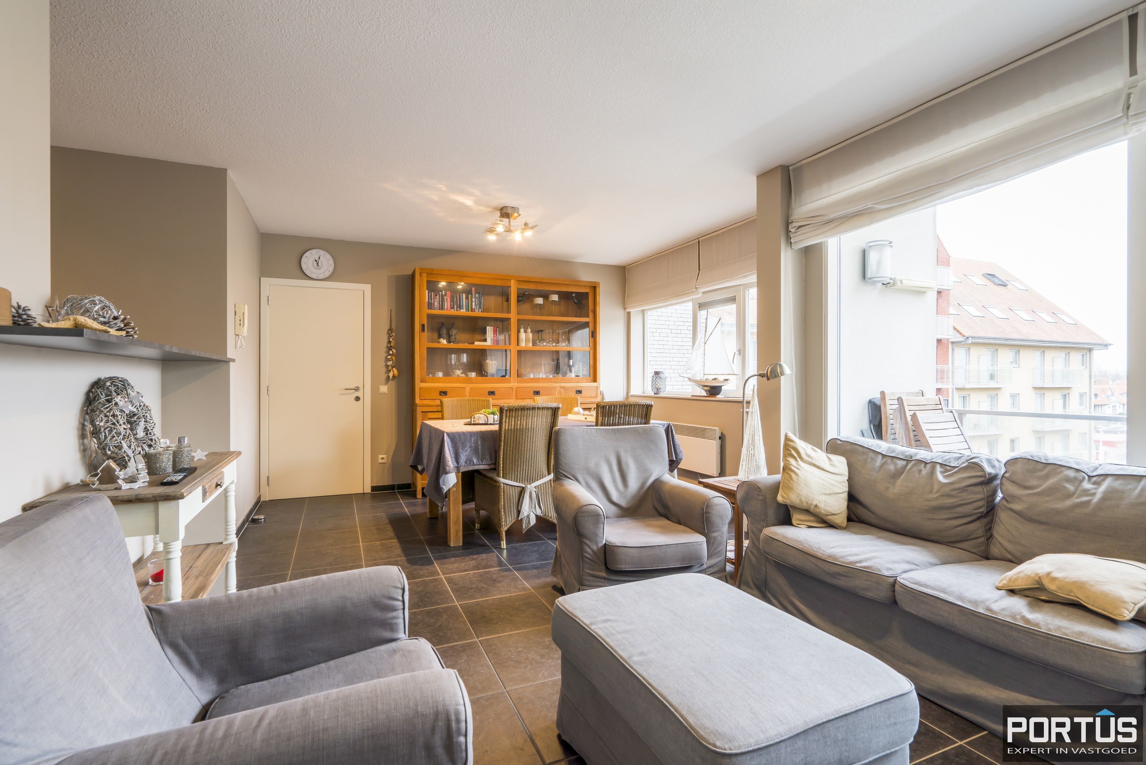 Instapklaar appartement met 2 slaapkamers te koop te Nieuwpoort - 12373