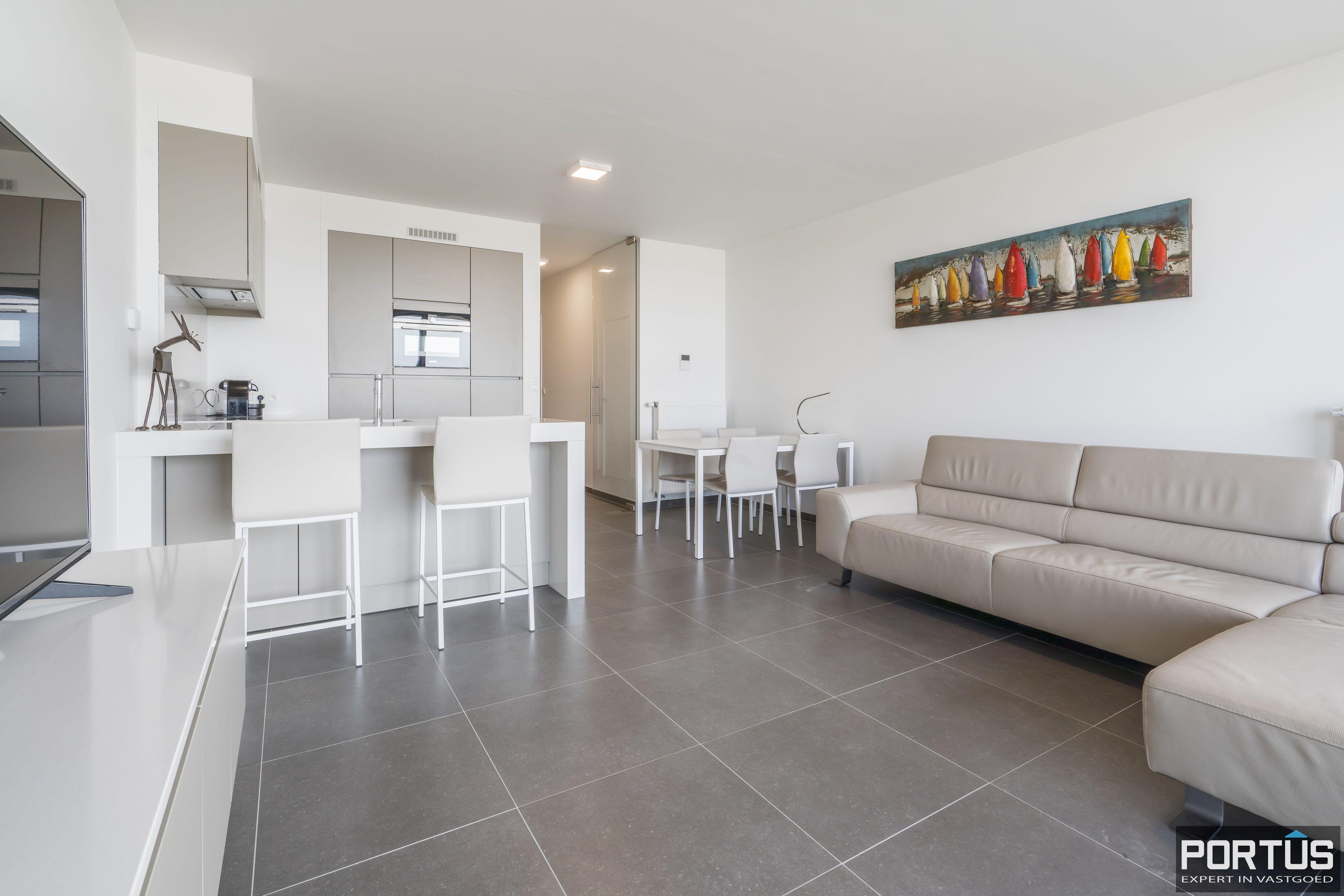 Recent appartement te koop te Nieuwpoort met frontaal zeezicht - 12383