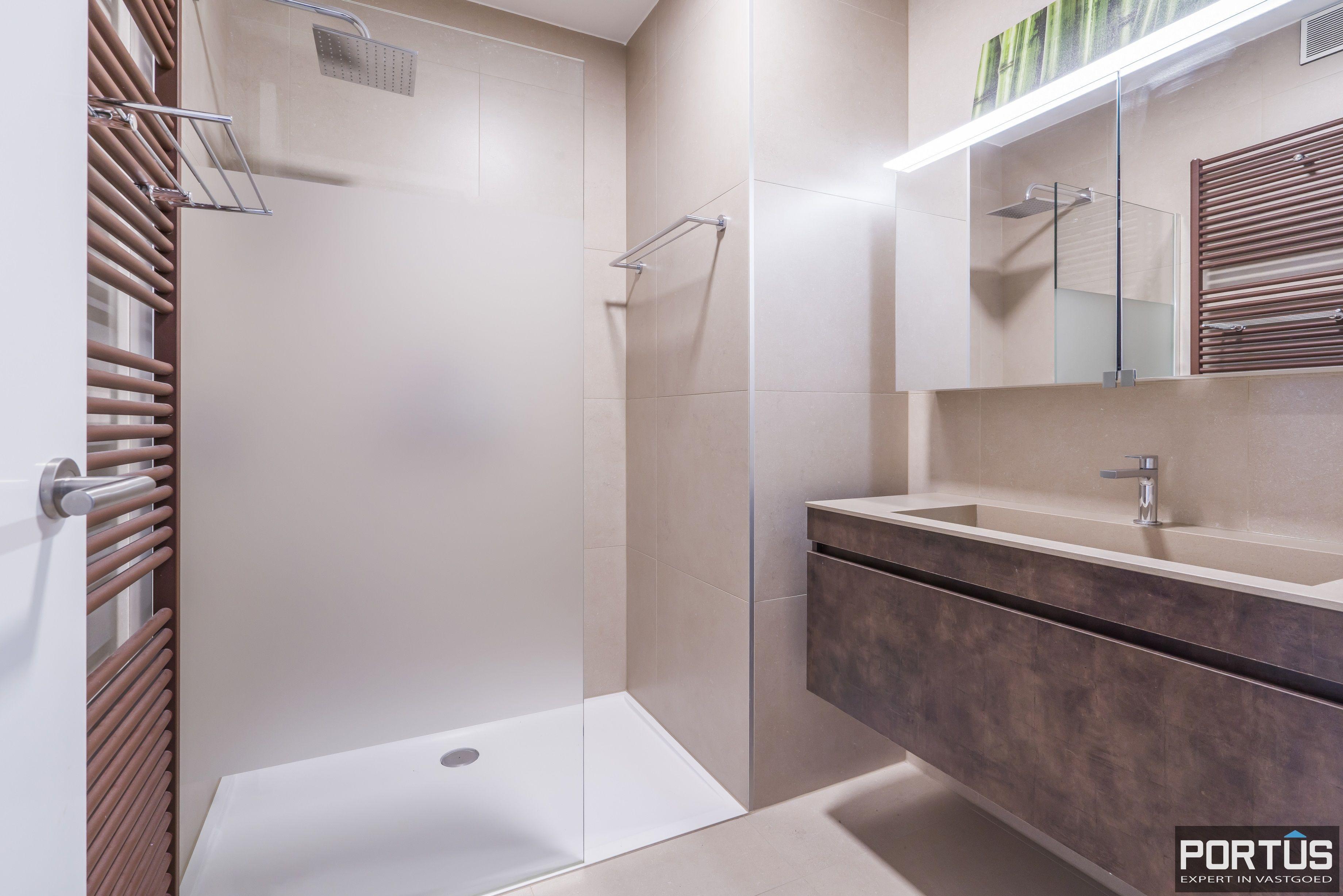Recent appartement te koop te Nieuwpoort met frontaal zeezicht - 12390