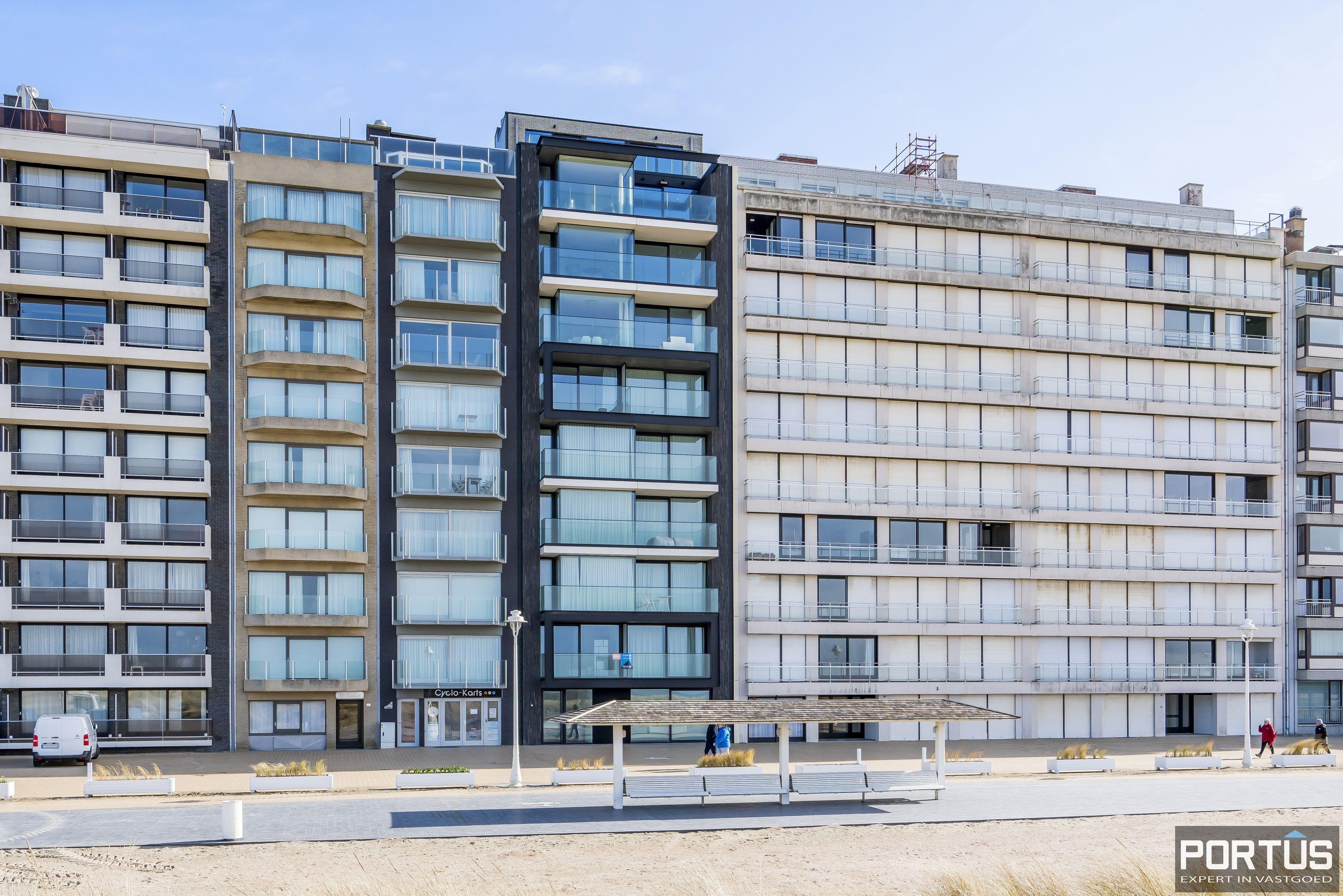 Recent appartement te koop te Nieuwpoort met frontaal zeezicht - 12394