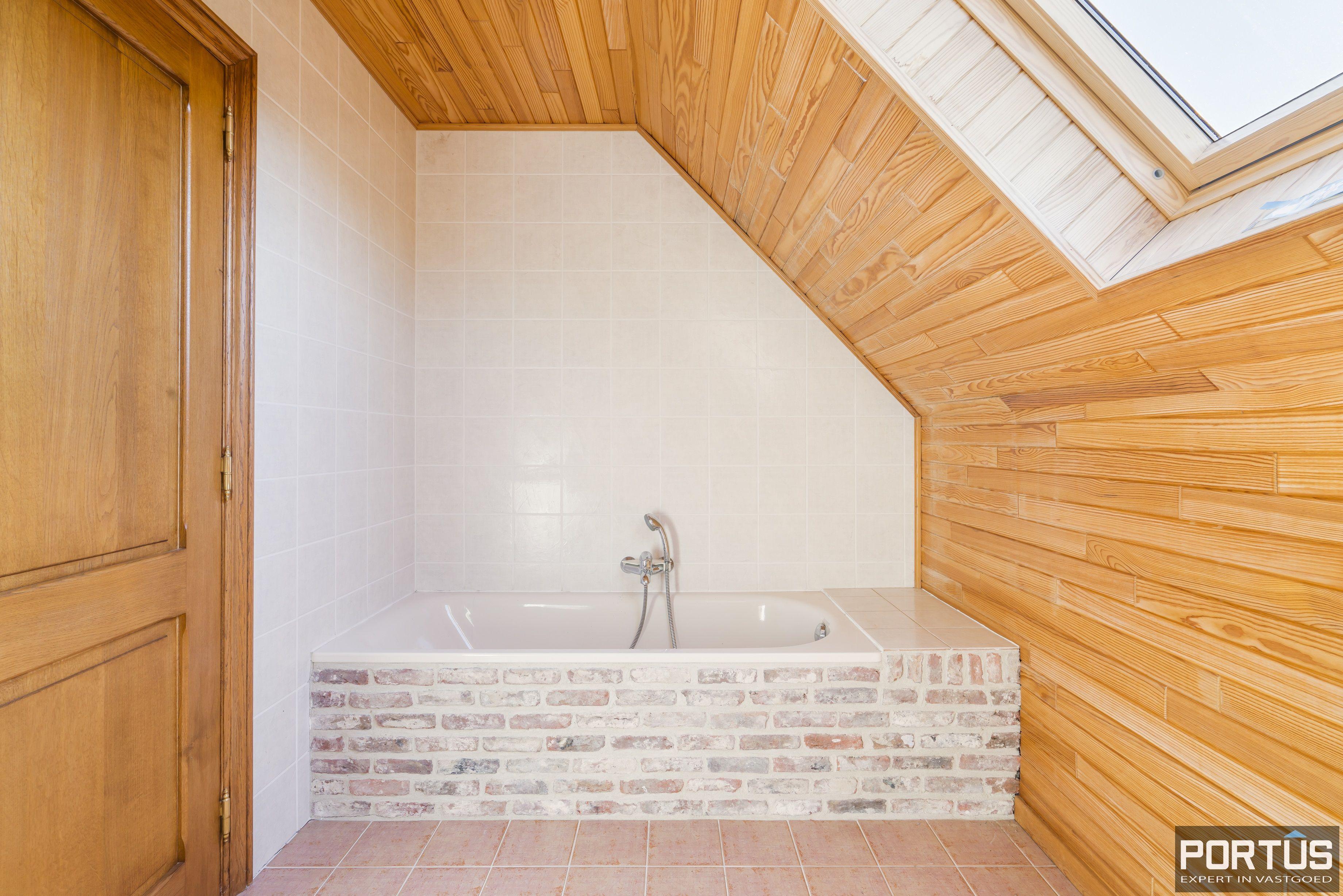 Woning te koop met 4 slaapkamers te Oostduinkerke - 12588
