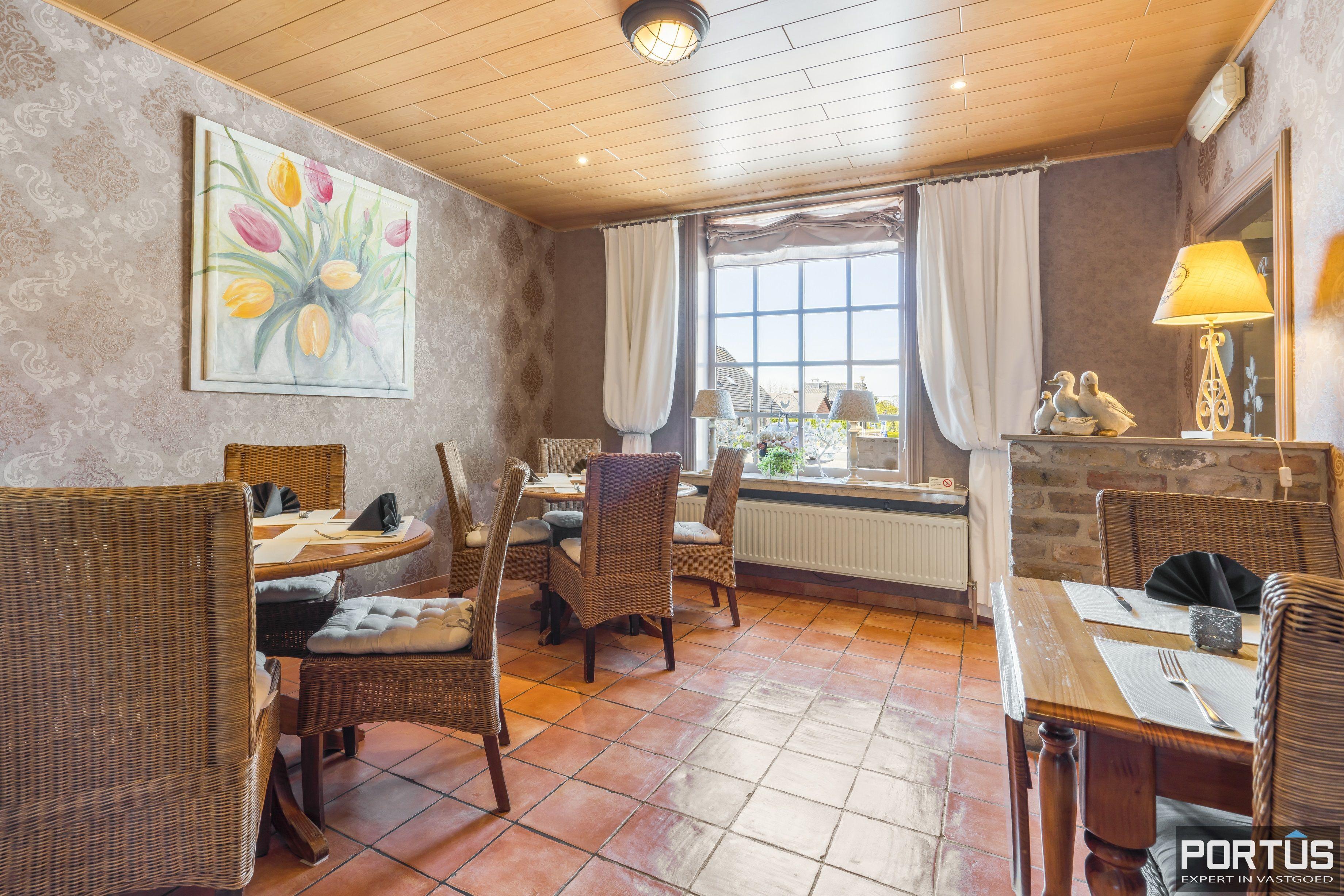 Restaurant met privéwoonst te koop te Westende - 12801