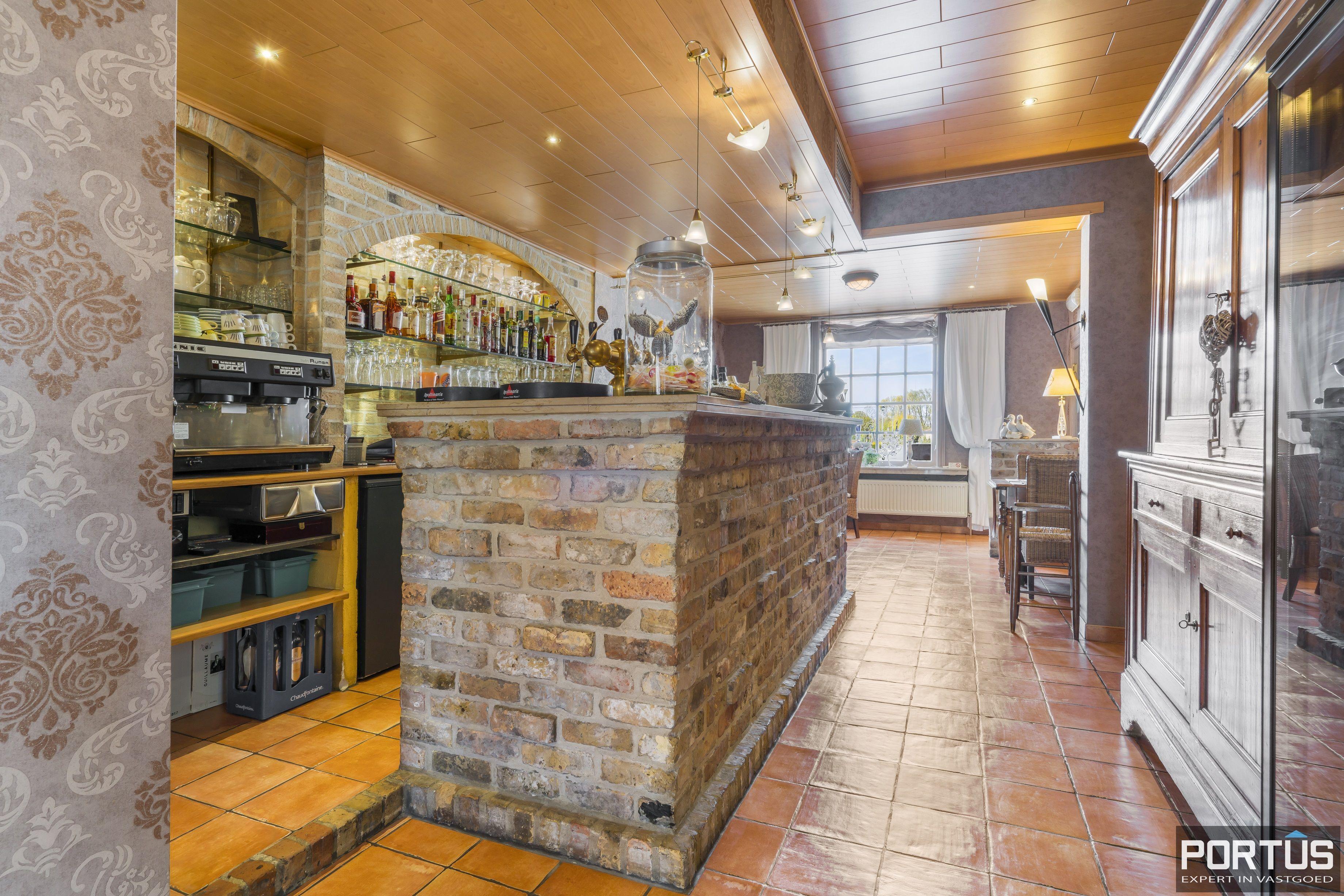 Restaurant met privéwoonst te koop te Westende - 12802