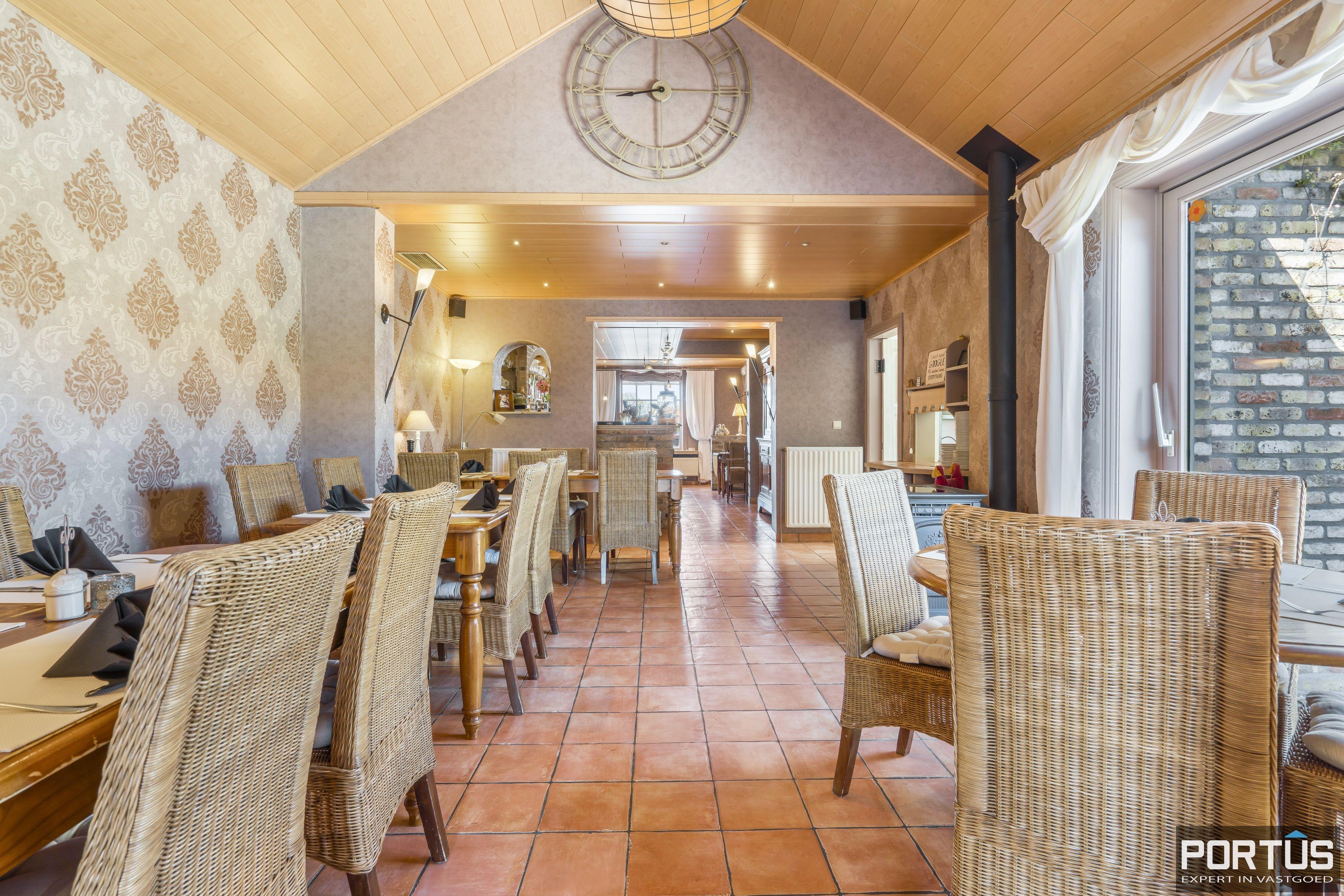 Restaurant met privéwoonst te koop te Westende - 12804