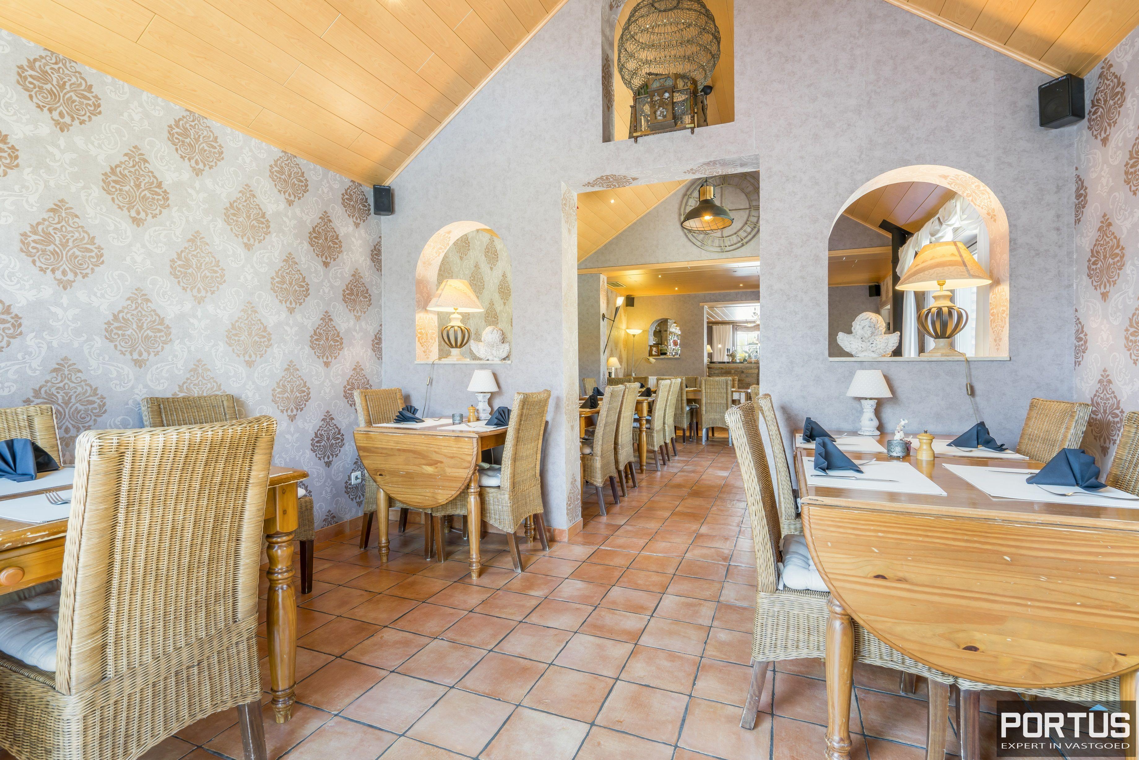 Restaurant met privéwoonst te koop te Westende - 12806