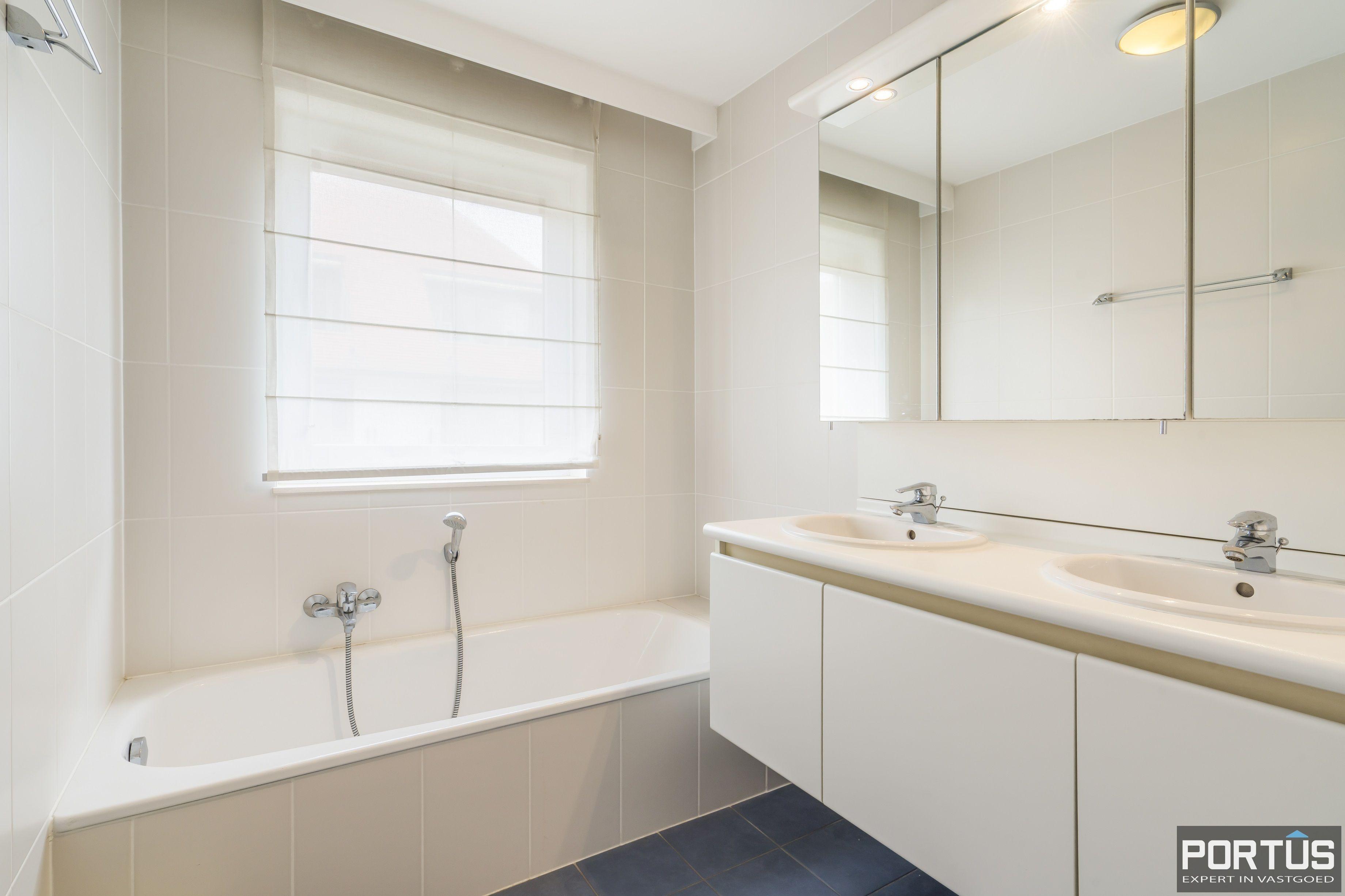Appartement te koop te Nieuwpoort met 4 slaapkamers - 12981
