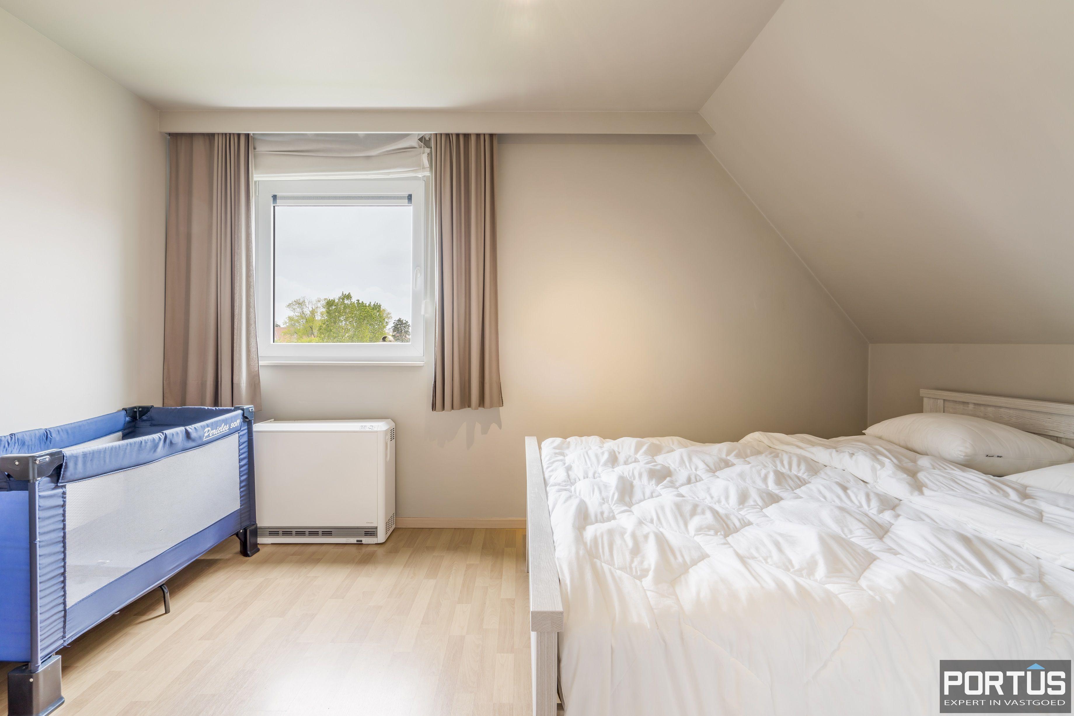 Appartement te koop te Nieuwpoort met 4 slaapkamers - 12982