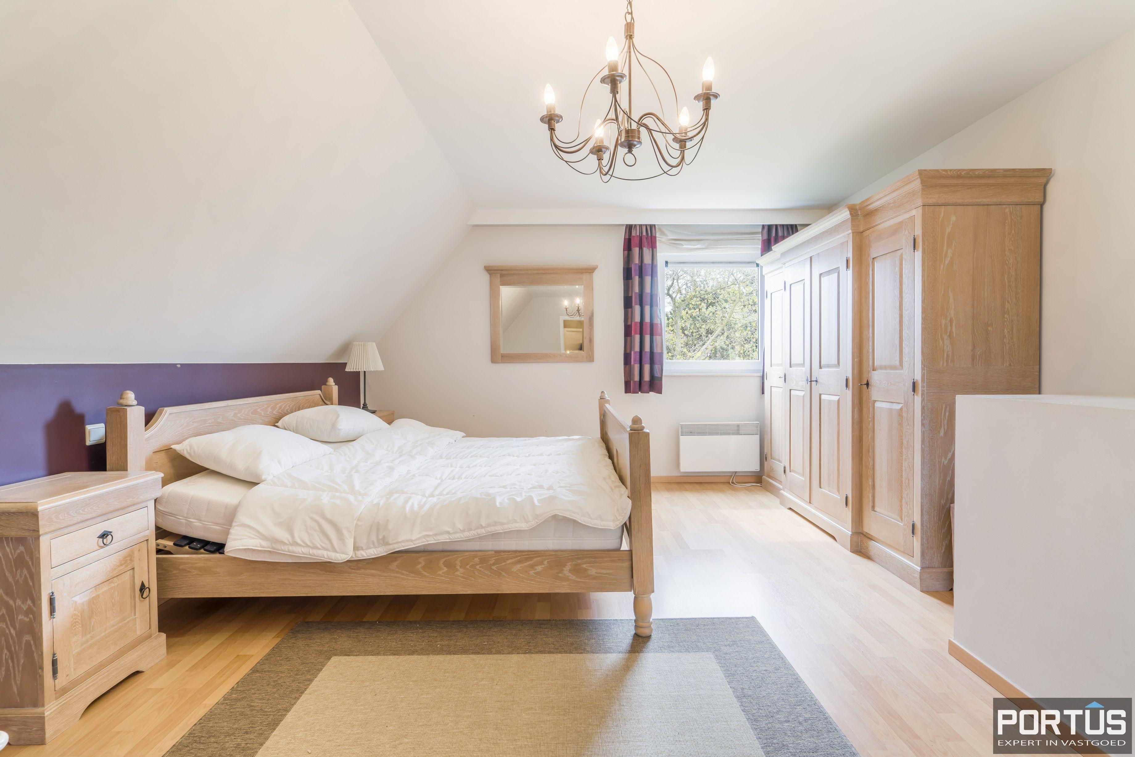 Appartement te koop te Nieuwpoort met 4 slaapkamers - 12983
