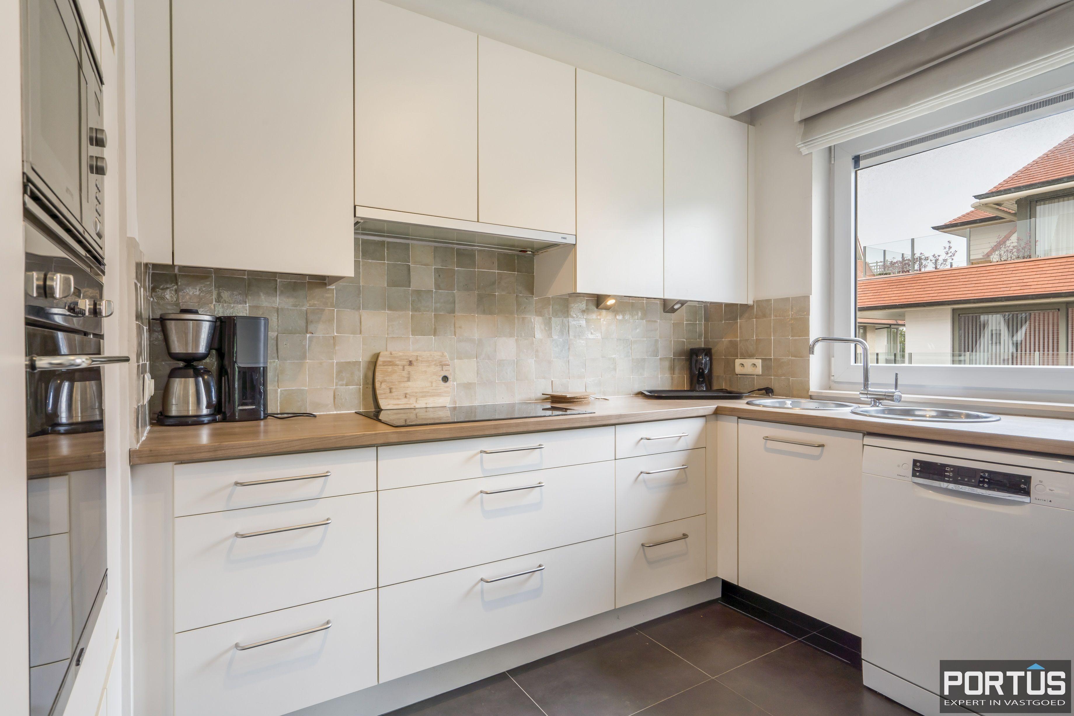 Appartement te koop te Nieuwpoort met 4 slaapkamers - 12996