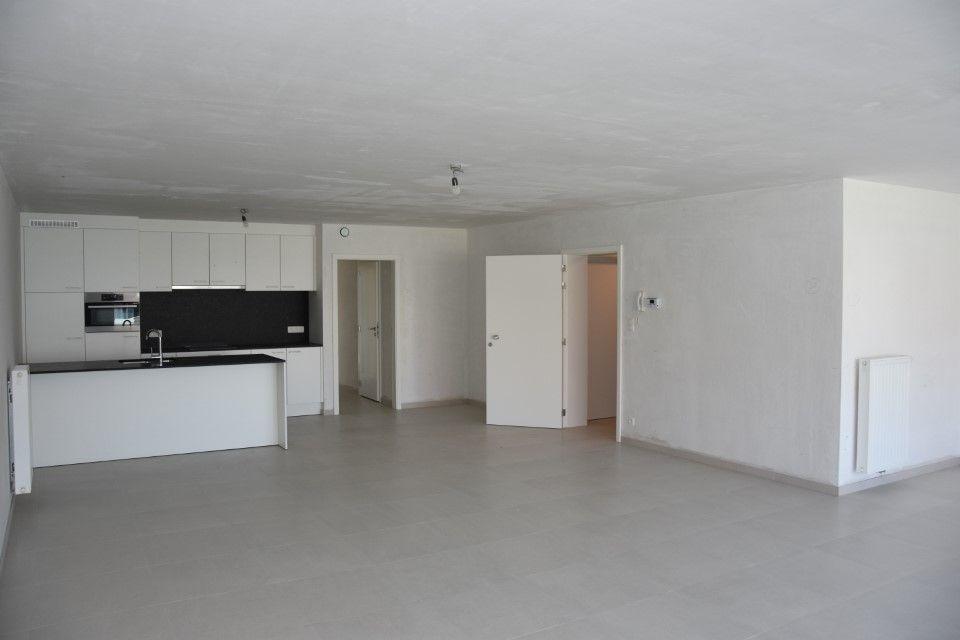 Appartement met berging en parking te huur te Nieuwpoort